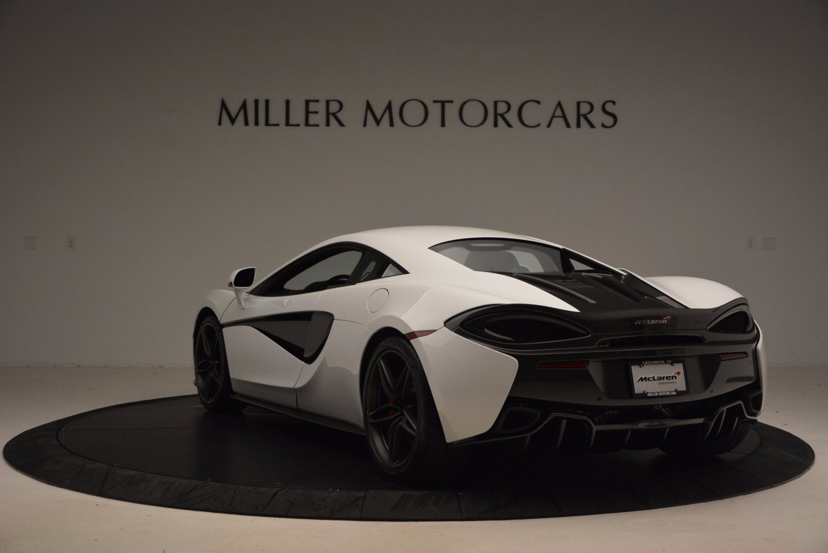 Used 2017 McLaren 570S  For Sale In Westport, CT 1454_p5