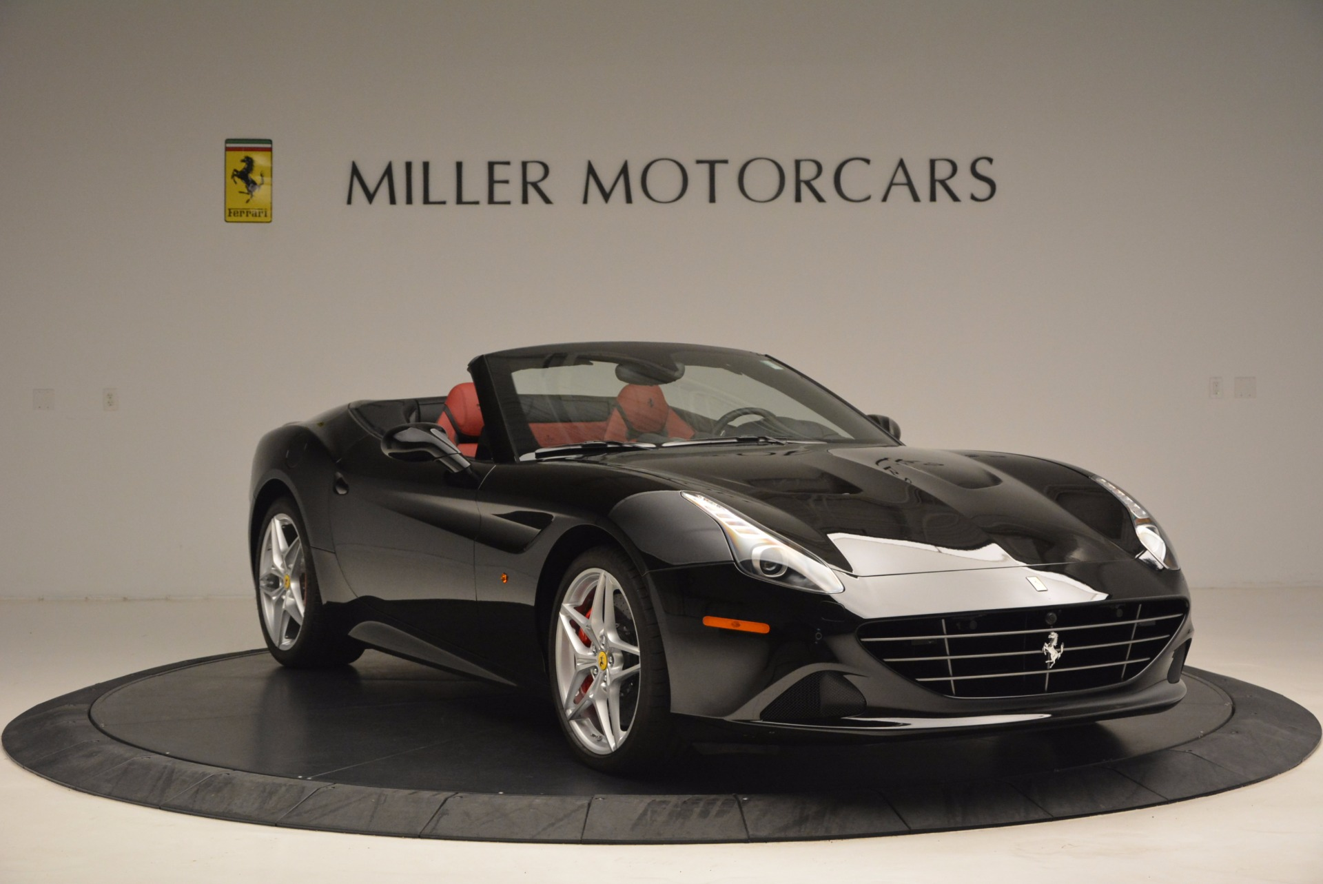 Used 2016 Ferrari California T Handling Speciale For Sale In Westport, CT 1458_p11