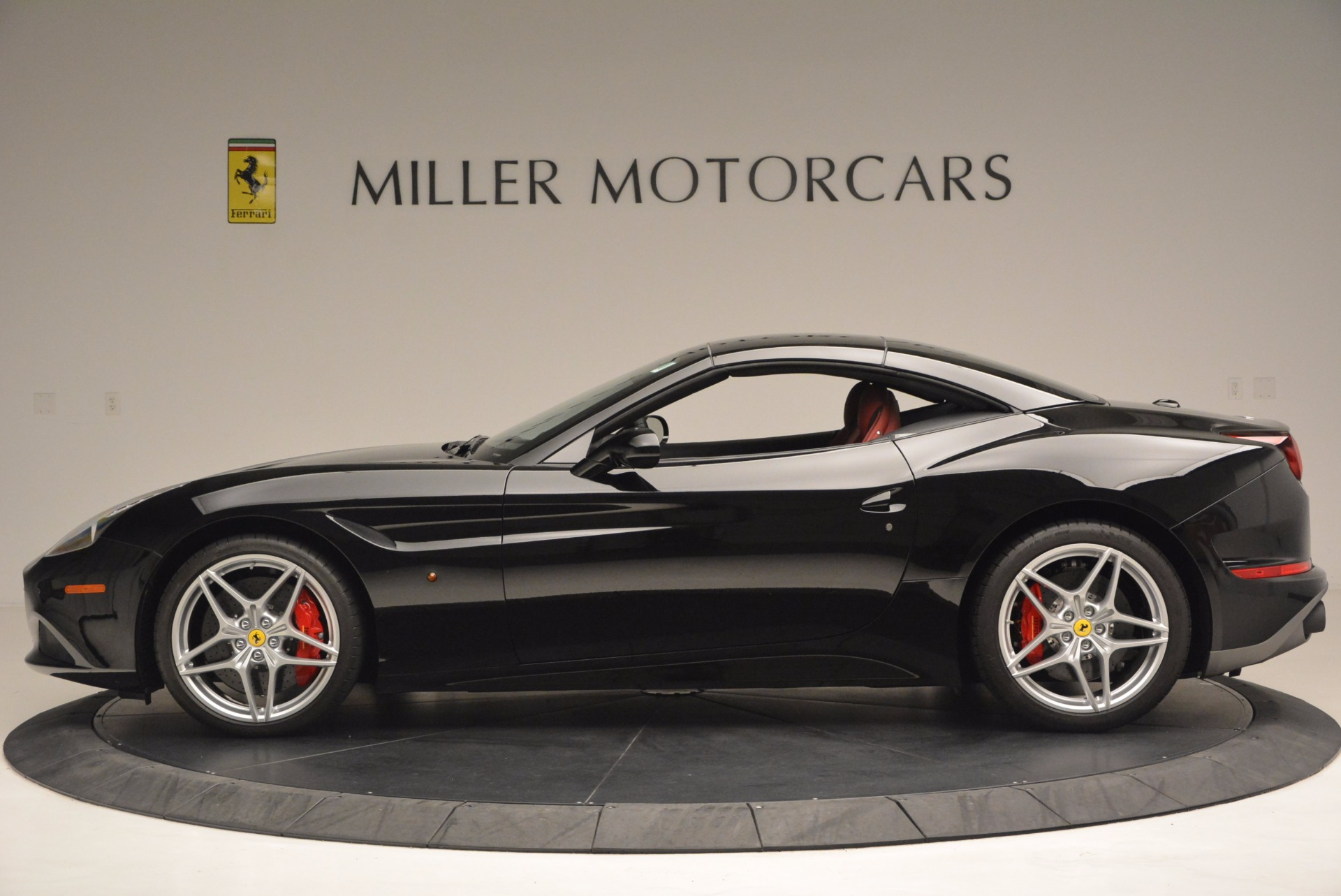 Used 2016 Ferrari California T Handling Speciale For Sale In Westport, CT 1458_p15