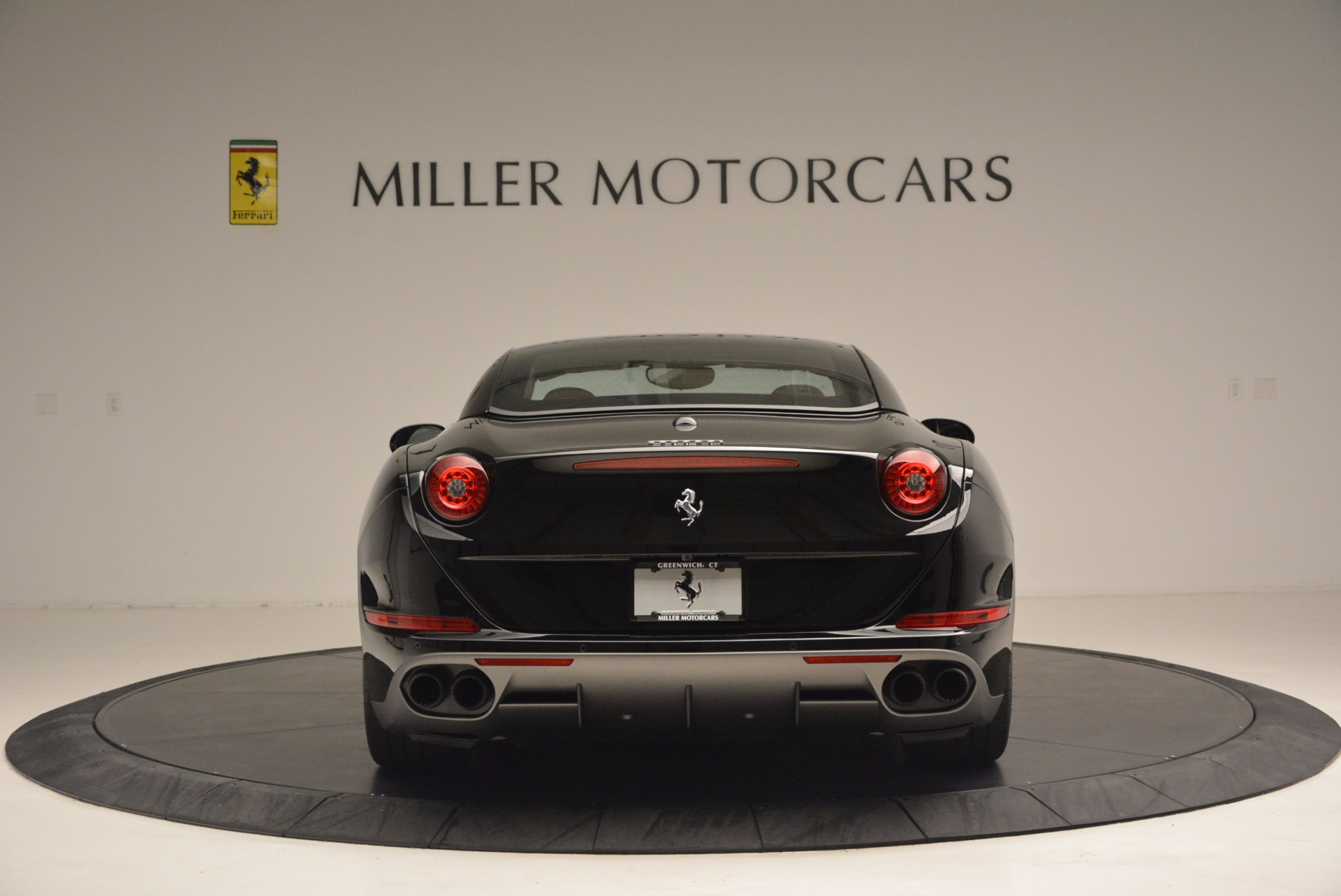 Used 2016 Ferrari California T Handling Speciale For Sale In Westport, CT 1458_p18