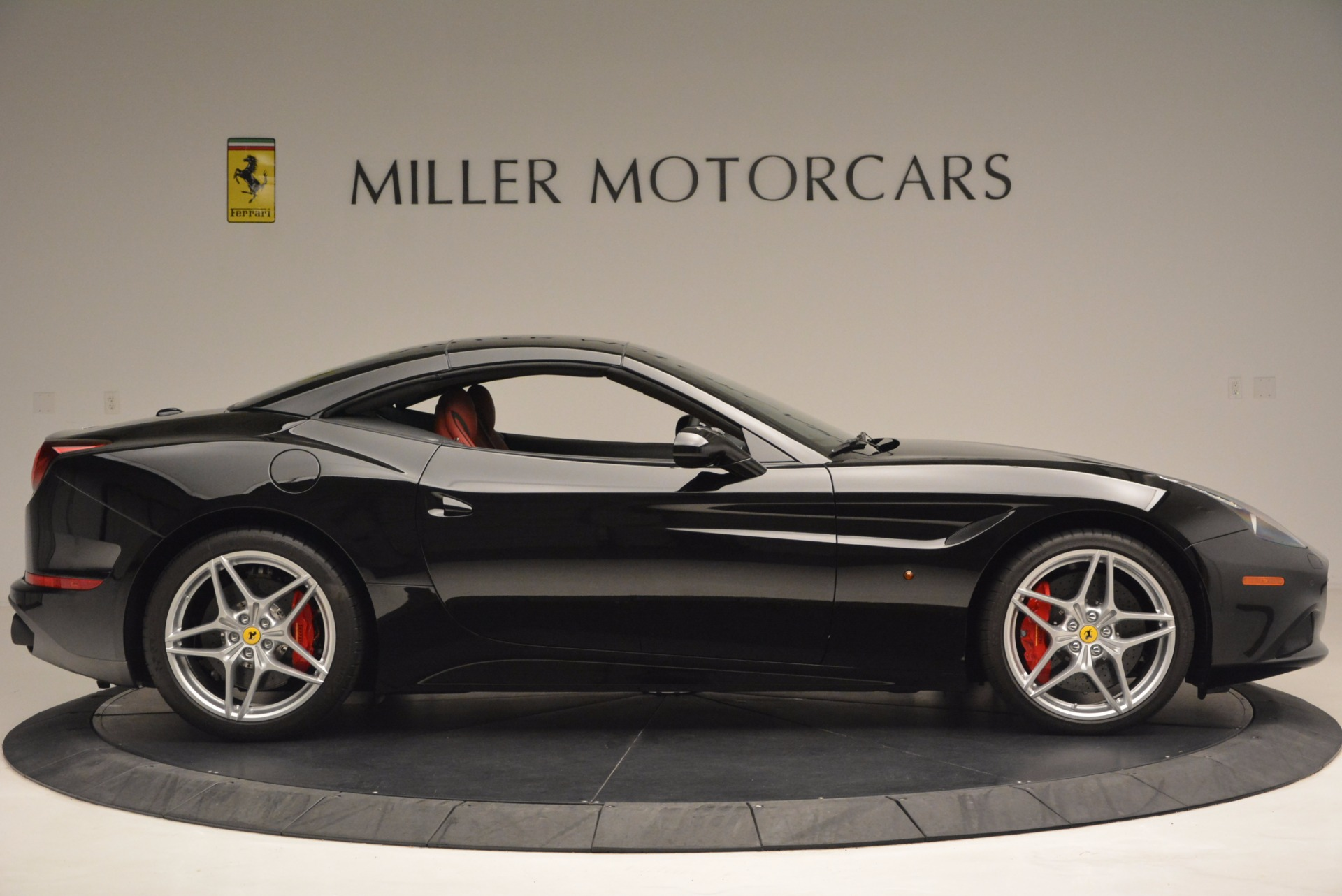 Used 2016 Ferrari California T Handling Speciale For Sale In Westport, CT 1458_p21