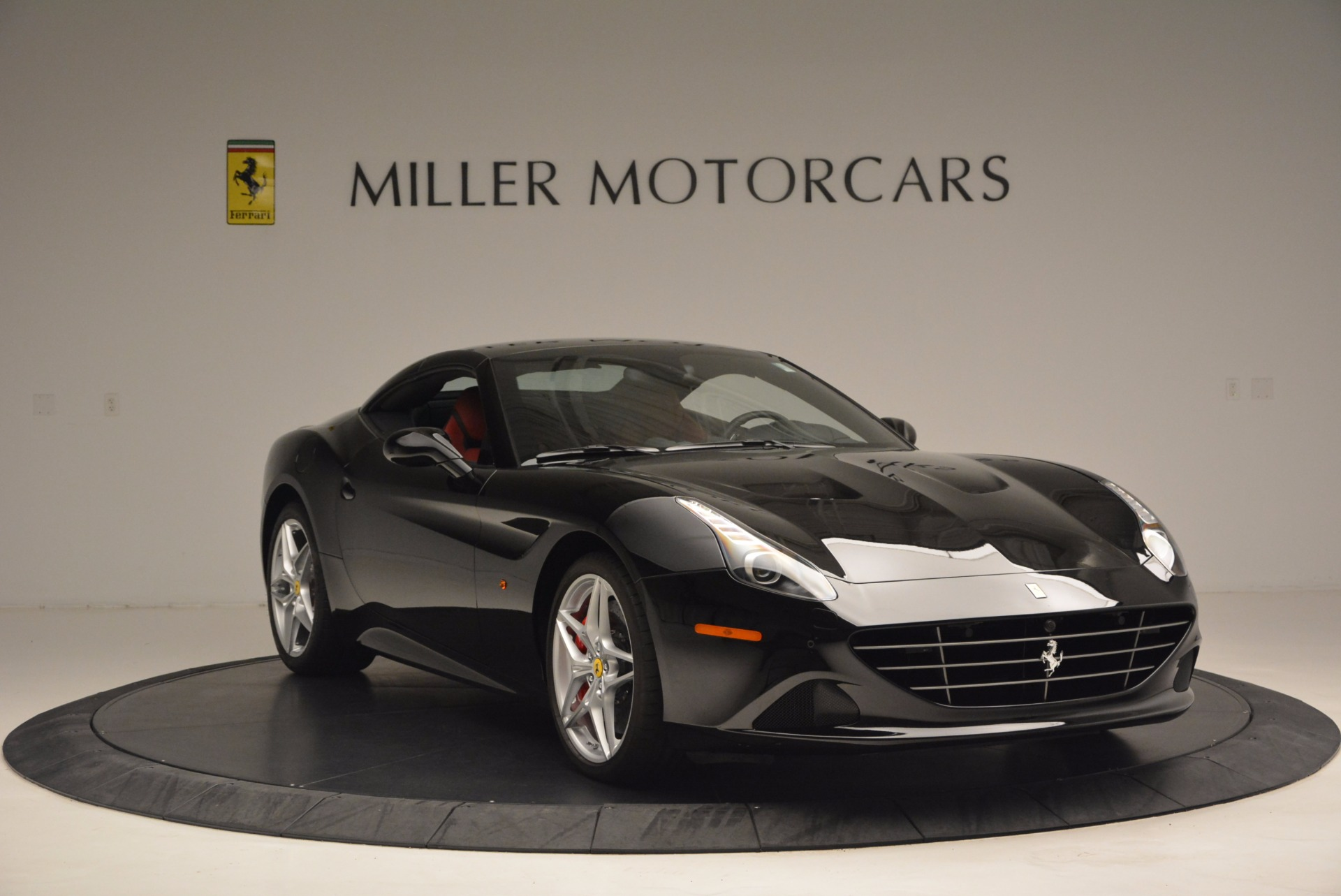 Used 2016 Ferrari California T Handling Speciale For Sale In Westport, CT 1458_p23