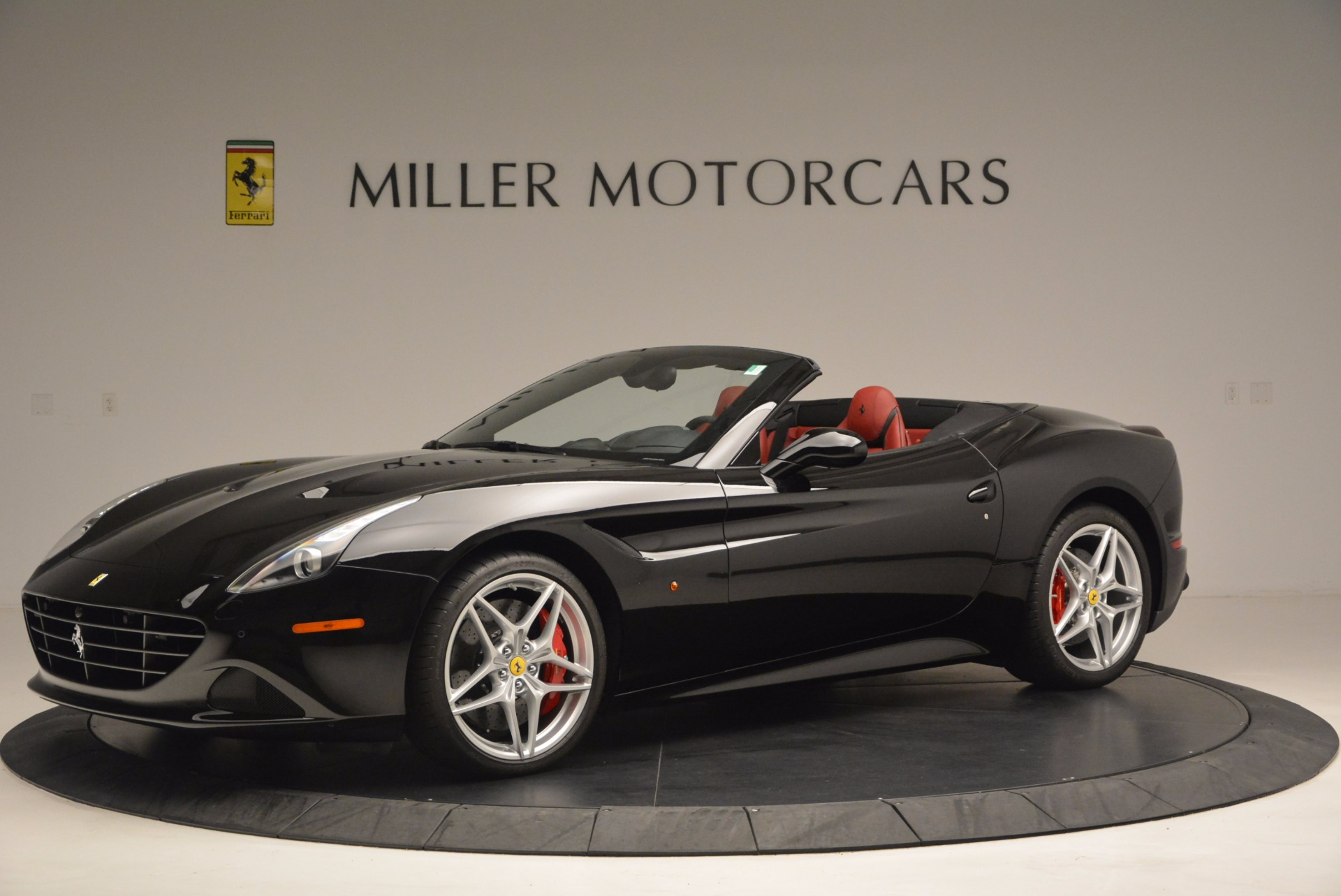 Used 2016 Ferrari California T Handling Speciale For Sale In Westport, CT 1458_p2