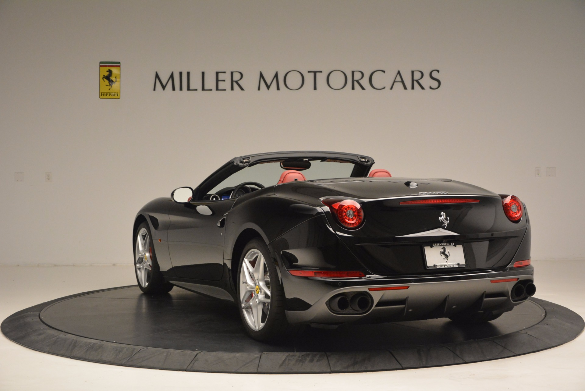 Used 2016 Ferrari California T Handling Speciale For Sale In Westport, CT 1458_p5