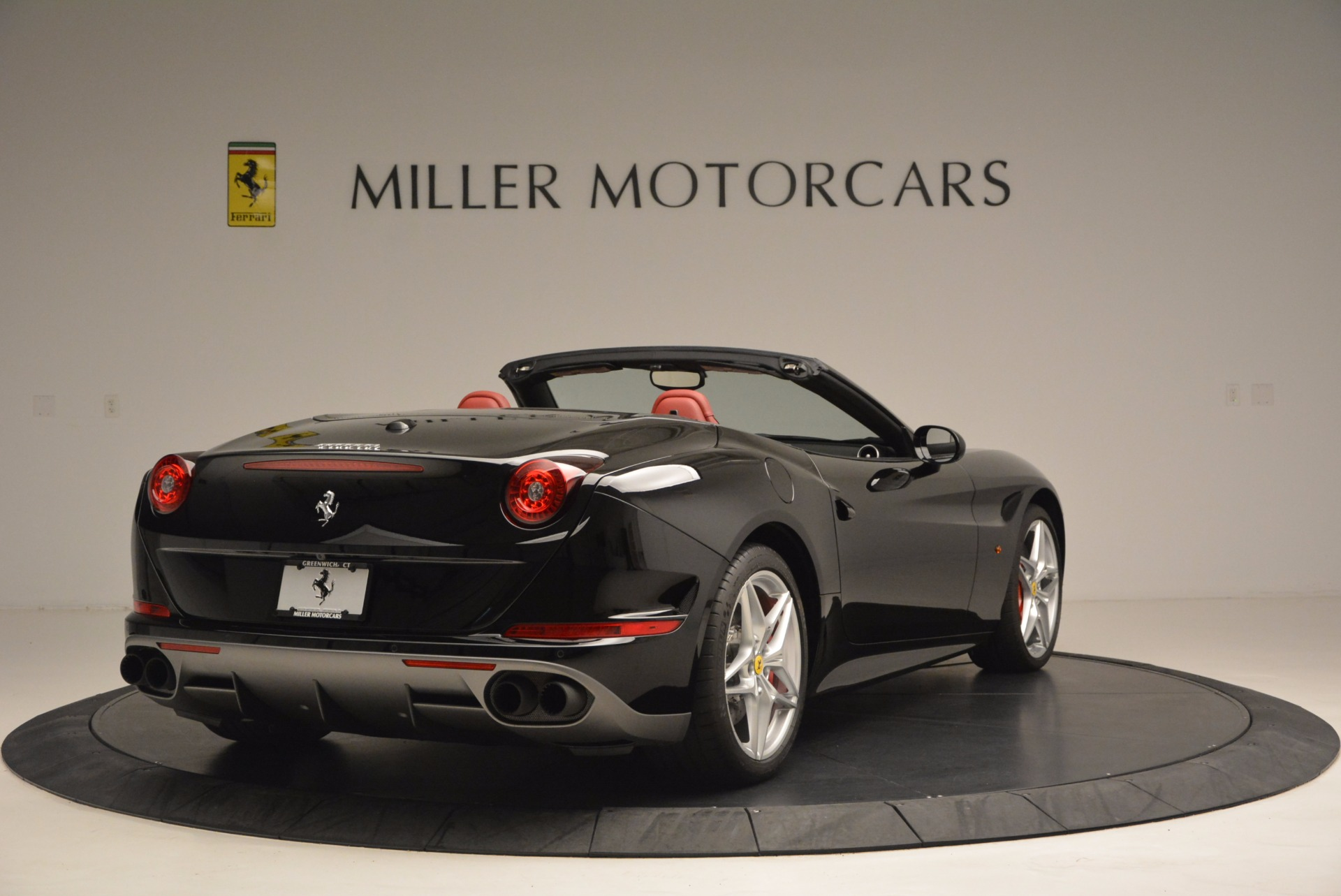 Used 2016 Ferrari California T Handling Speciale For Sale In Westport, CT 1458_p7