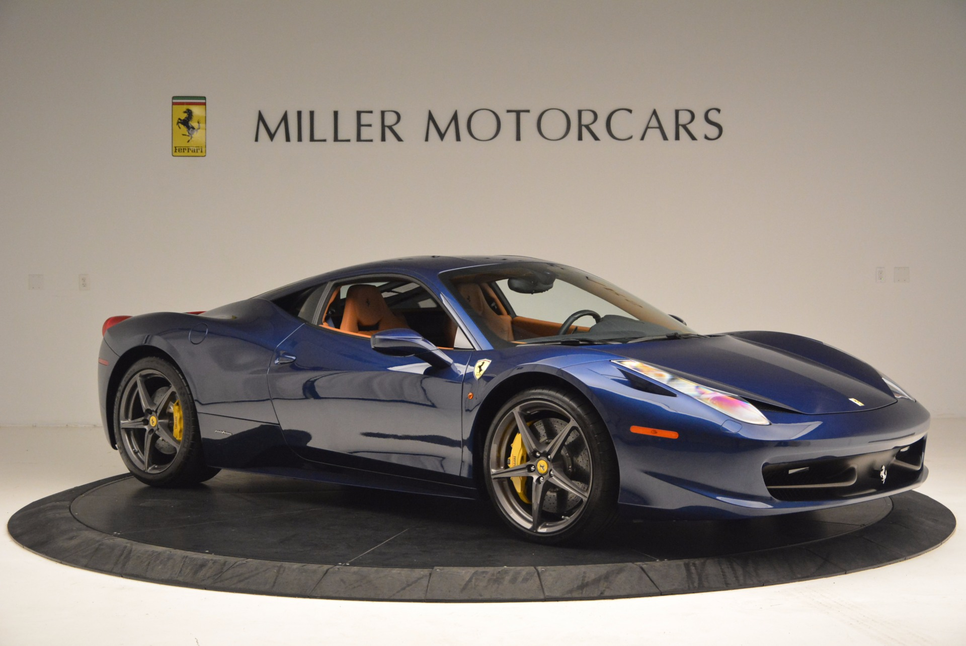 Used 2013 Ferrari 458 Italia  For Sale In Westport, CT 1465_p10