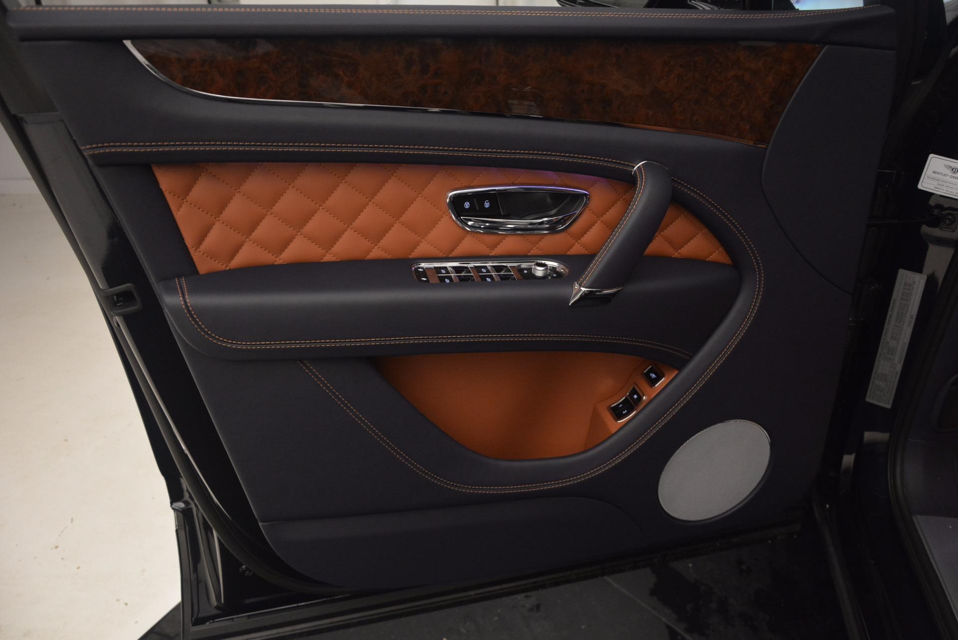 Used 2018 Bentley Bentayga W12 Signature For Sale In Westport, CT 1468_p21