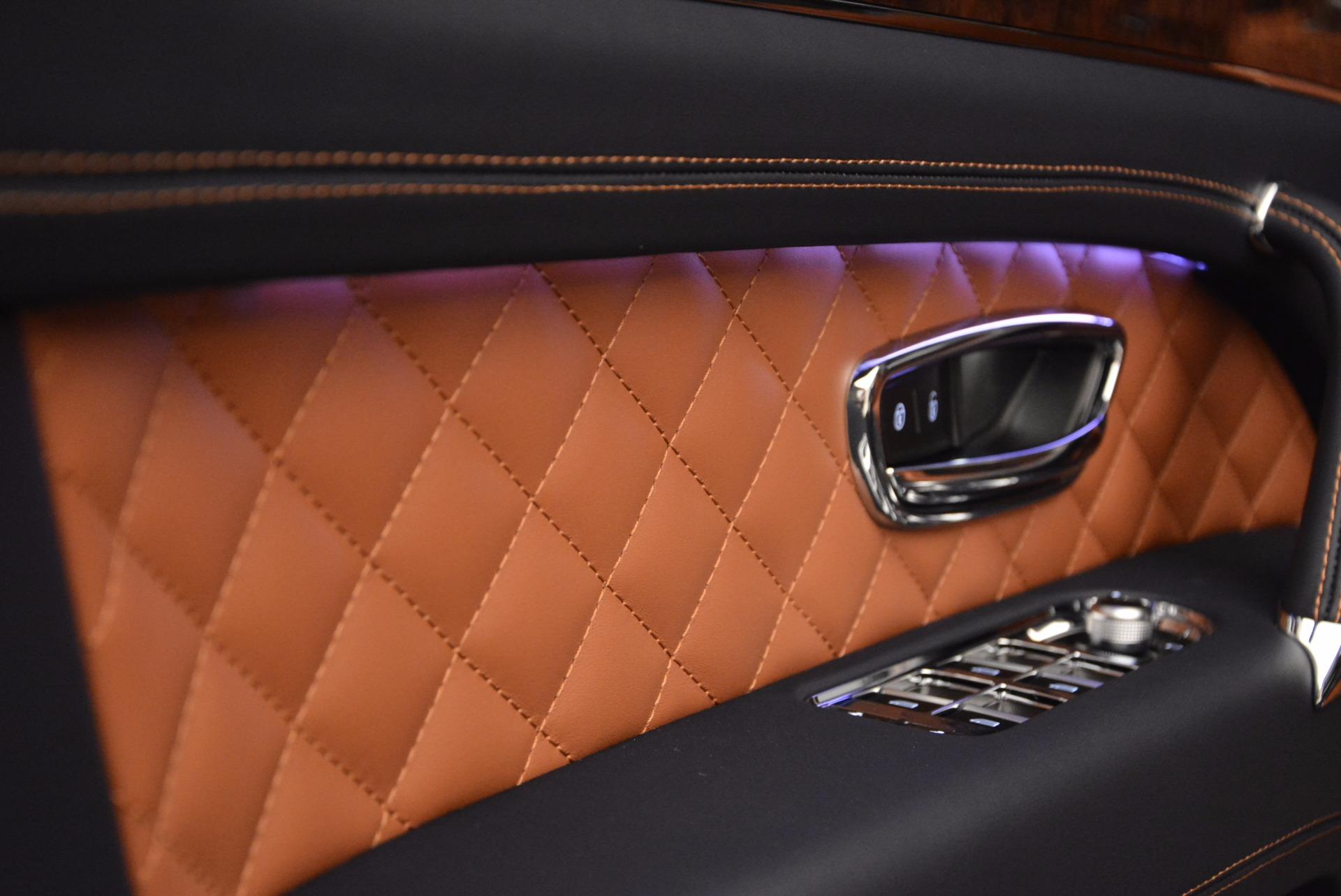 Used 2018 Bentley Bentayga W12 Signature For Sale In Westport, CT 1468_p22
