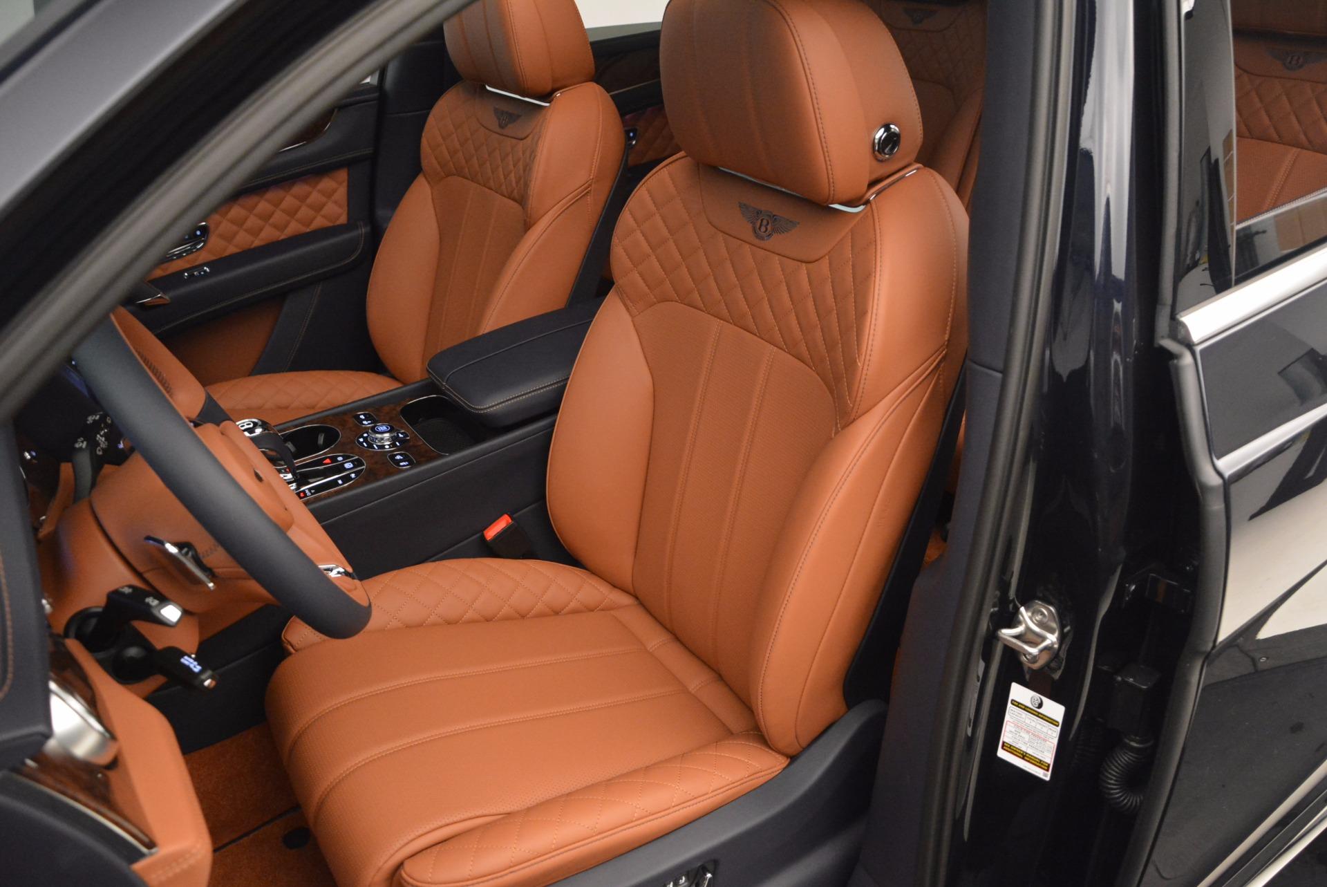 Used 2018 Bentley Bentayga W12 Signature For Sale In Westport, CT 1468_p23