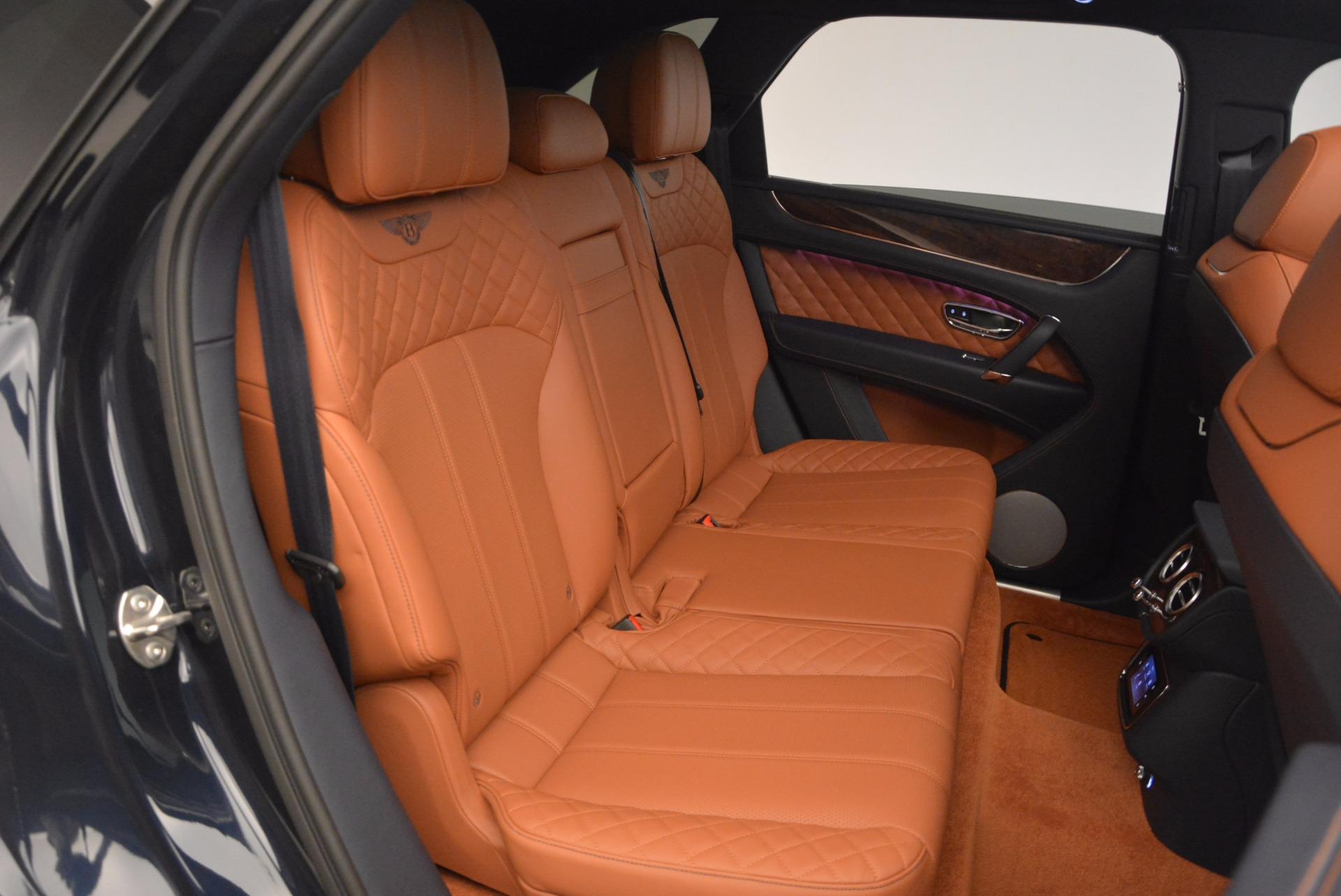 Used 2018 Bentley Bentayga W12 Signature For Sale In Westport, CT 1468_p36