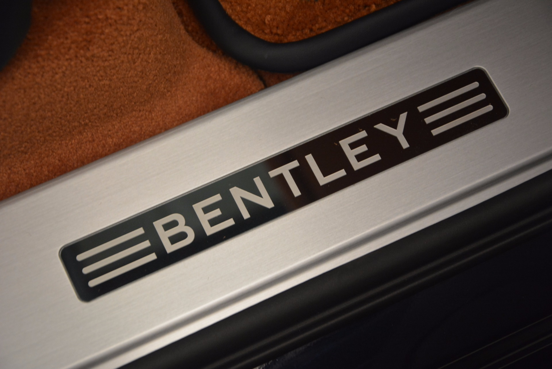 Used 2018 Bentley Bentayga W12 Signature For Sale In Westport, CT 1468_p39