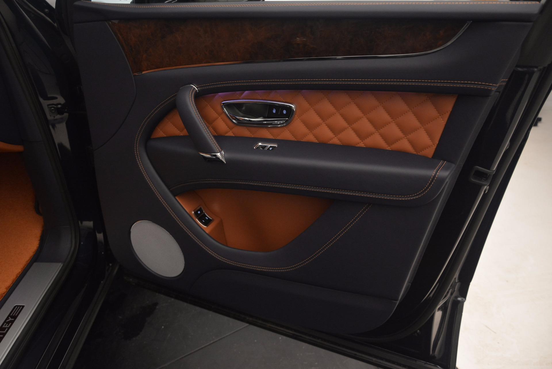 Used 2018 Bentley Bentayga W12 Signature For Sale In Westport, CT 1468_p40