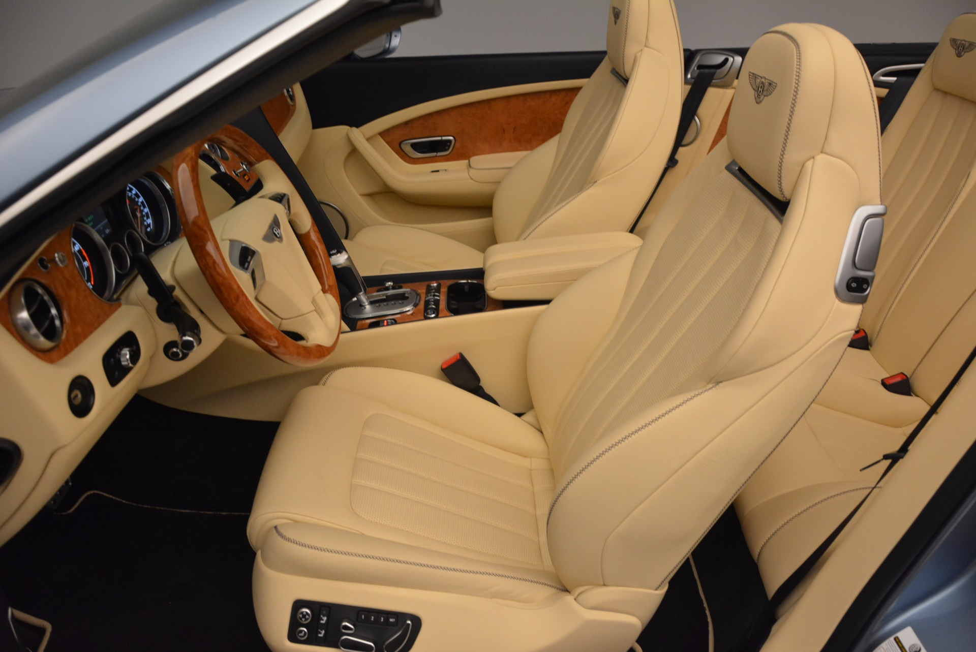 Used 2012 Bentley Continental GTC W12 For Sale In Westport, CT 1475_p33