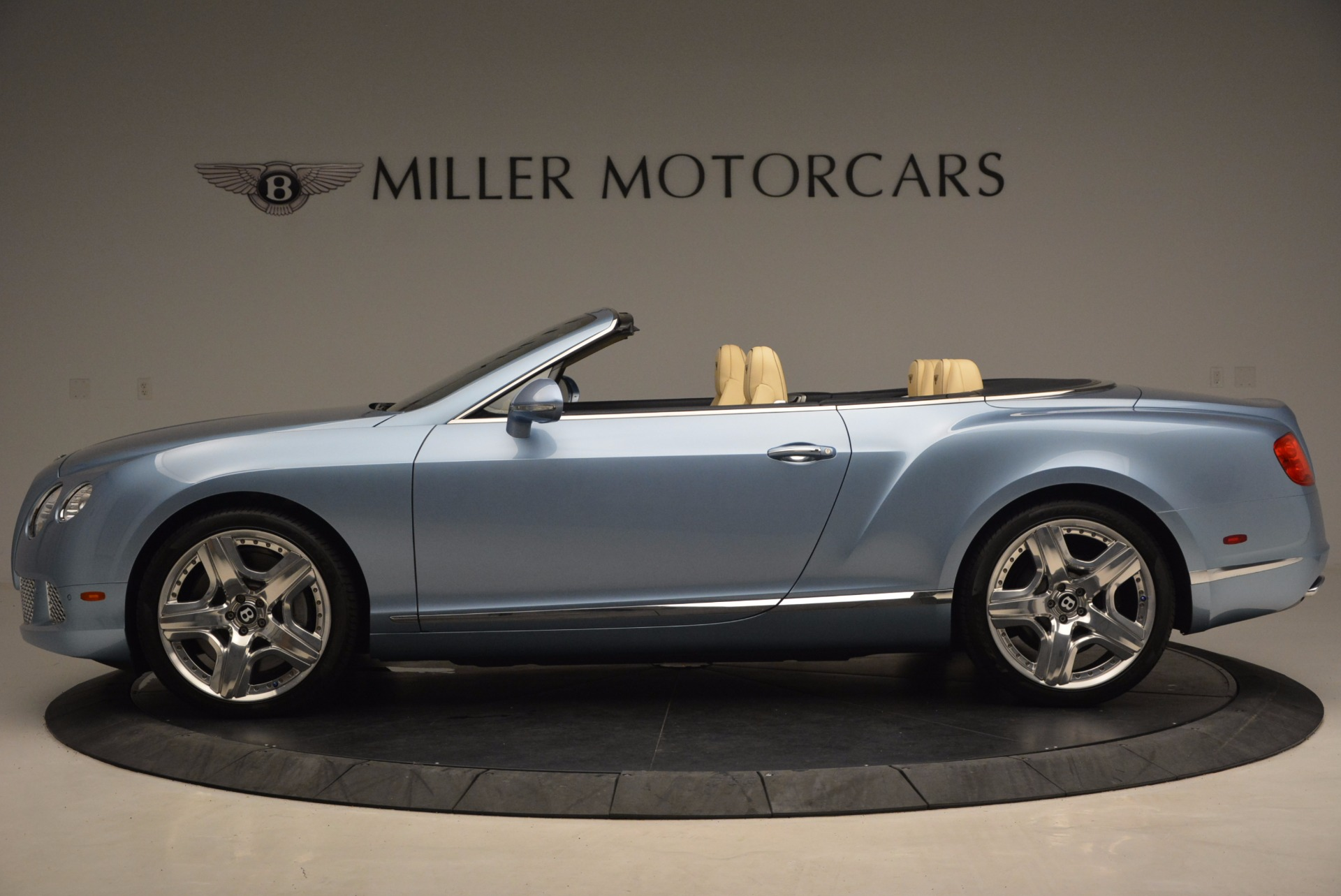 Used 2012 Bentley Continental GTC W12 For Sale In Westport, CT 1475_p3