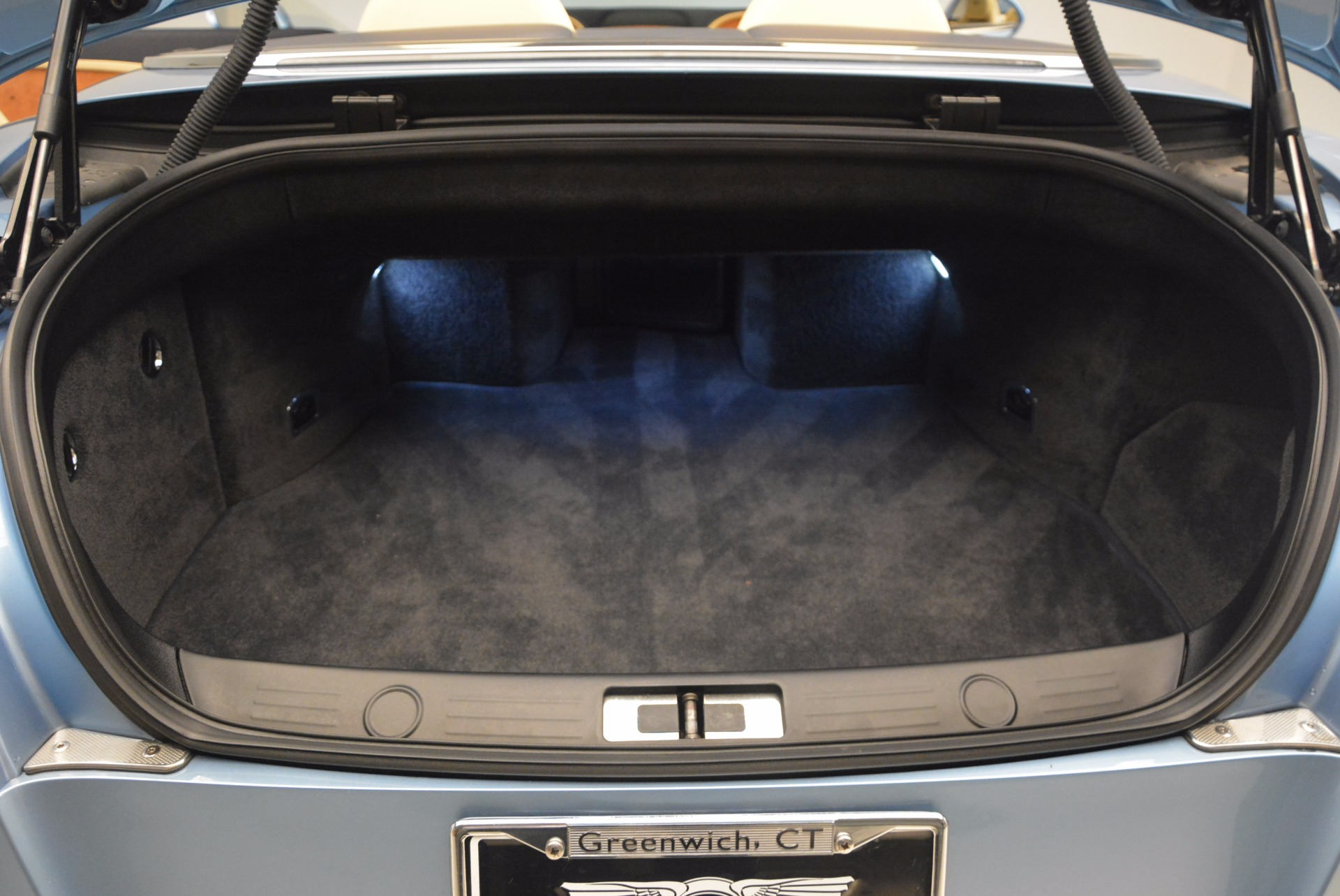 Used 2012 Bentley Continental GTC W12 For Sale In Westport, CT 1475_p40