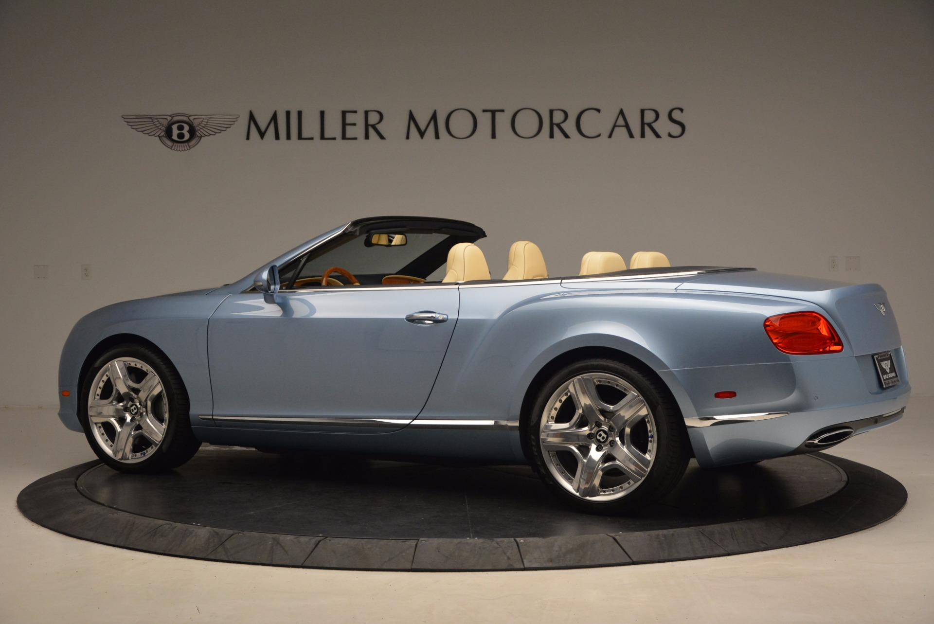 Used 2012 Bentley Continental GTC W12 For Sale In Westport, CT 1475_p4