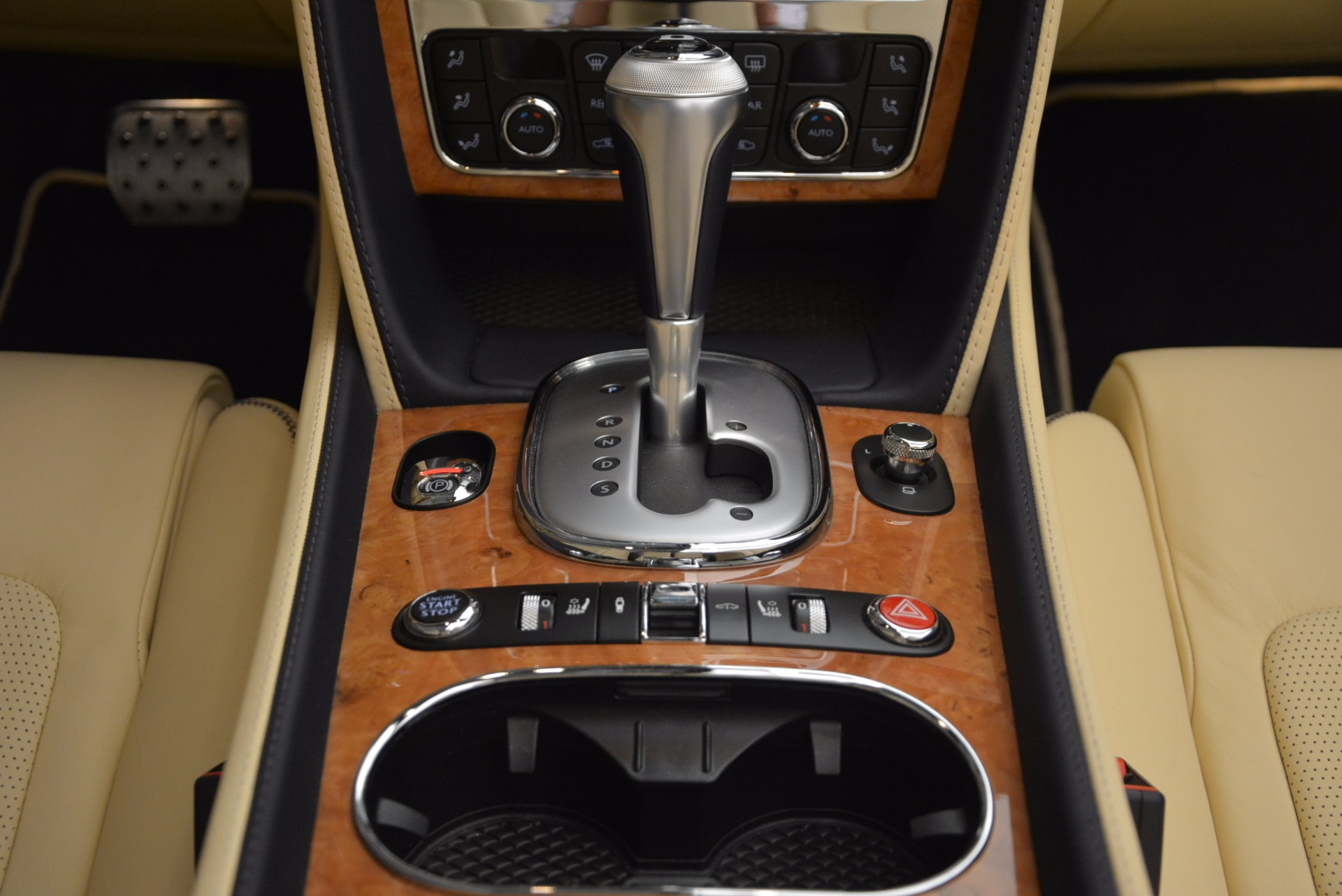 Used 2012 Bentley Continental GTC W12 For Sale In Westport, CT 1475_p52