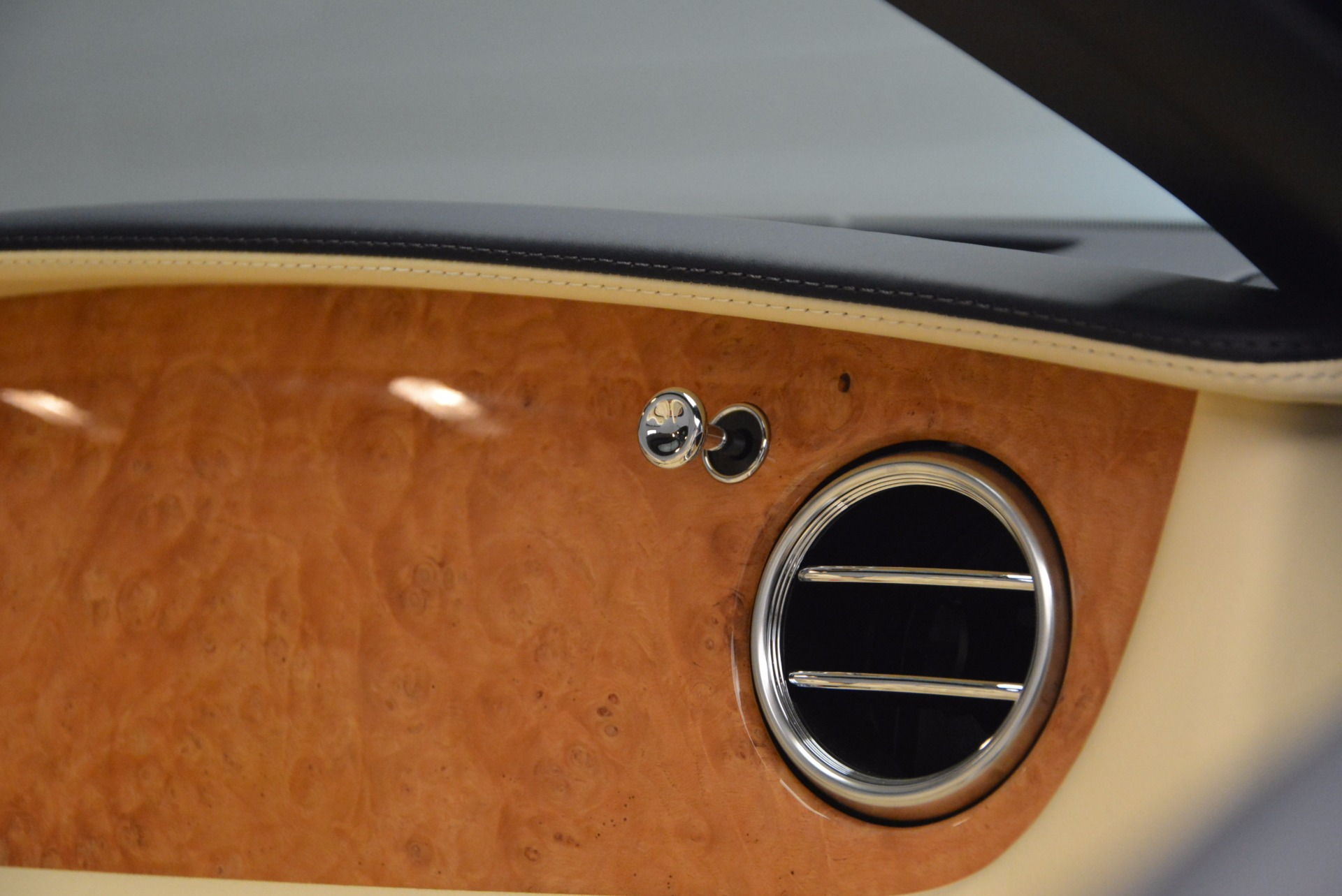 Used 2012 Bentley Continental GTC W12 For Sale In Westport, CT 1475_p54
