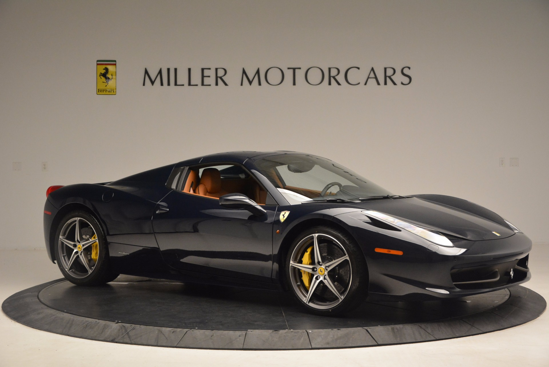 Used 2015 Ferrari 458 Spider  For Sale In Westport, CT 1477_p20