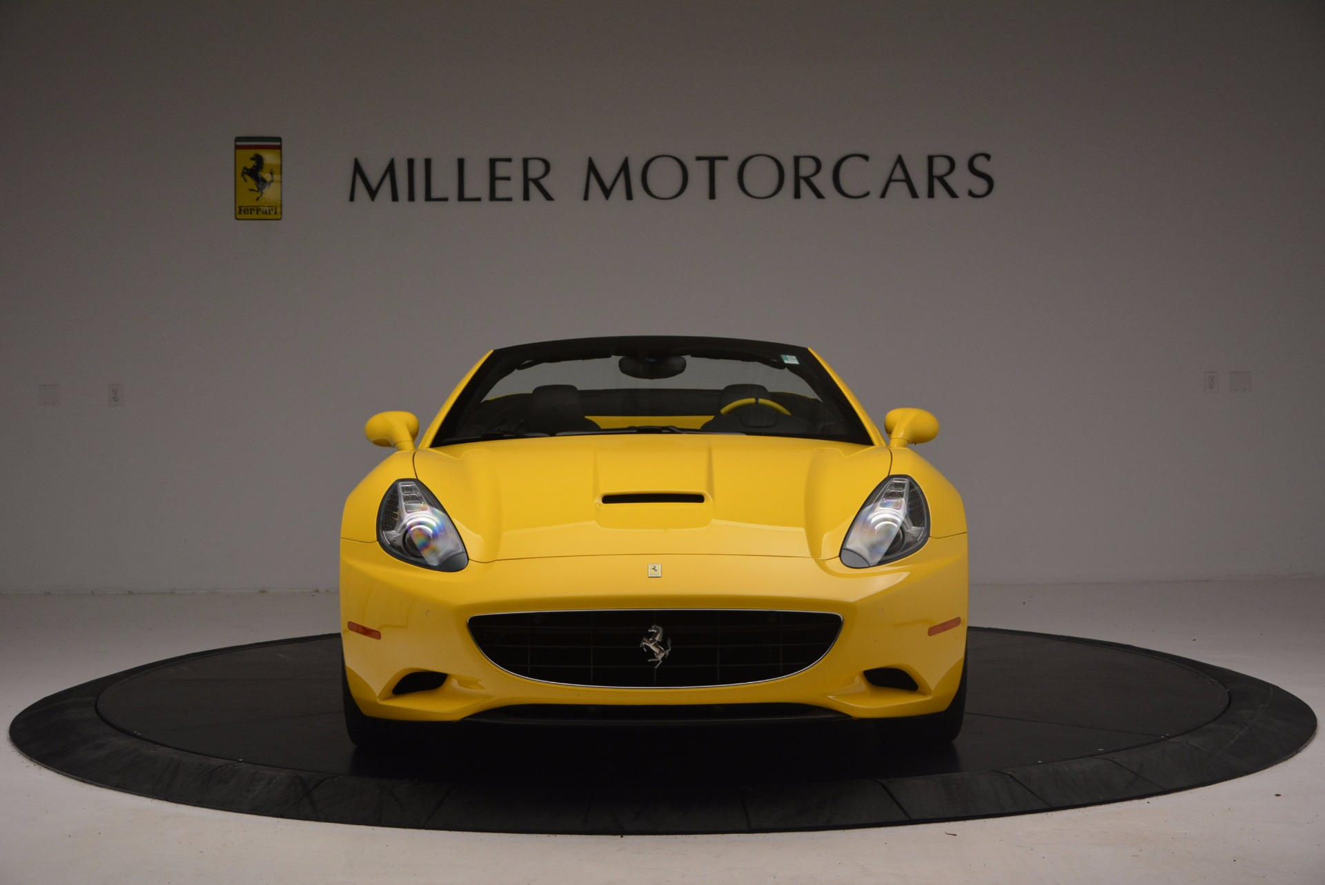 Used 2011 Ferrari California  For Sale In Westport, CT 1481_p12
