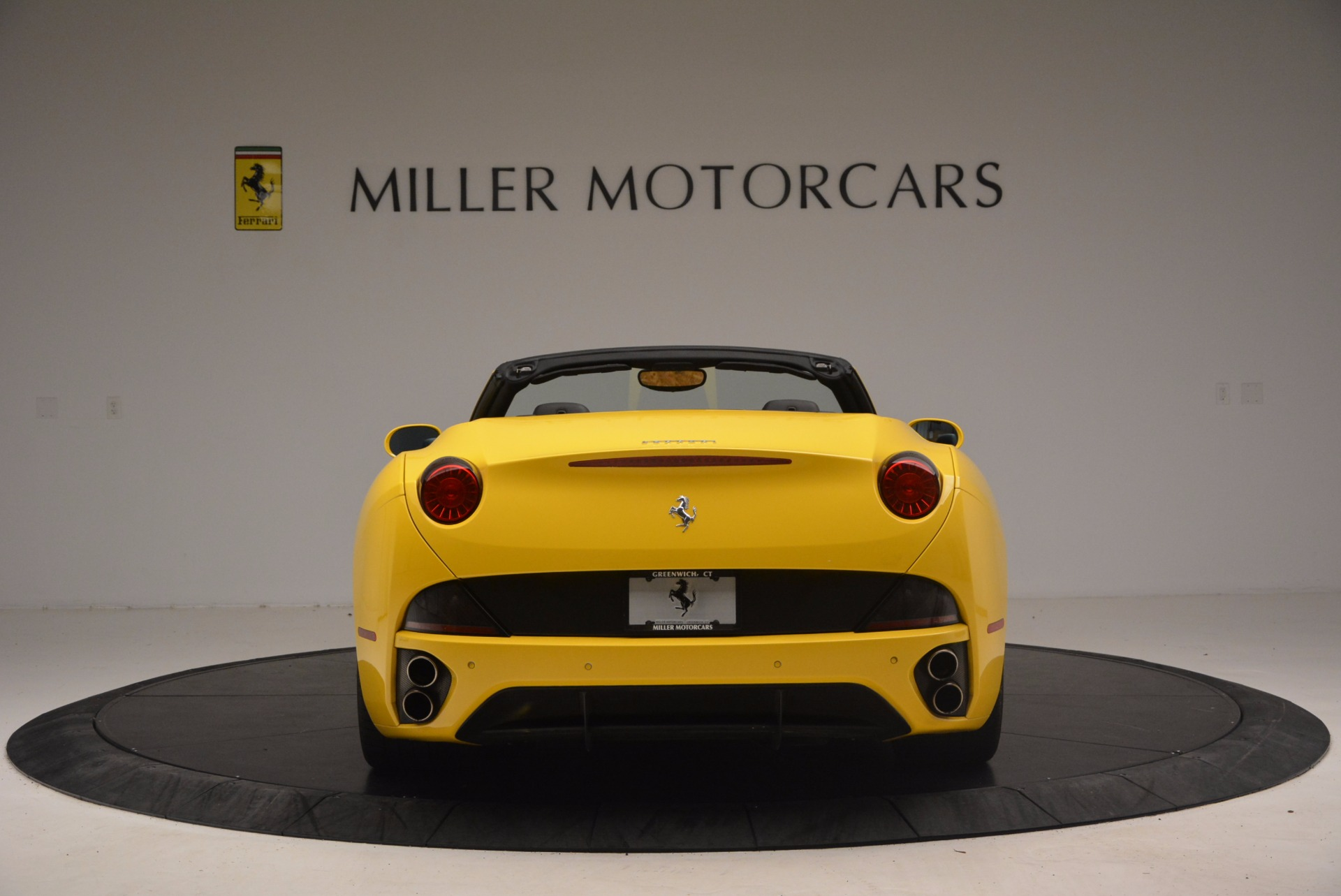 Used 2011 Ferrari California  For Sale In Westport, CT 1481_p6