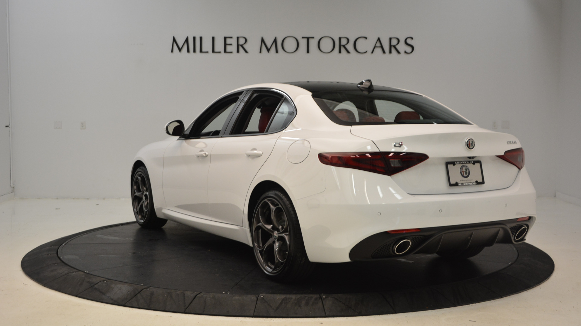 New 2017 Alfa Romeo Giulia Ti Sport Q4 For Sale In Westport, CT 1487_p5