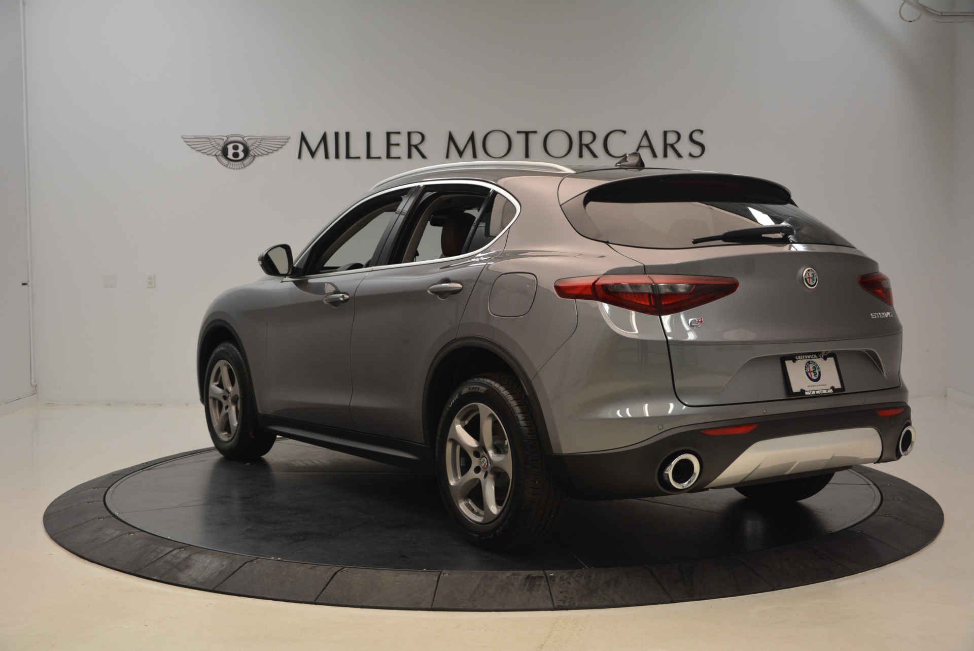 New 2018 Alfa Romeo Stelvio Q4 For Sale In Westport, CT 1491_p5