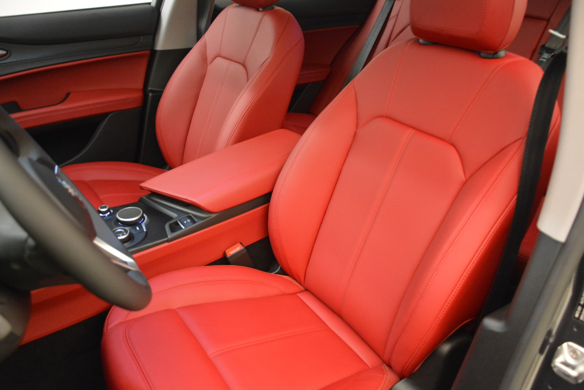 New 2018 Alfa Romeo Stelvio Q4 For Sale In Westport, CT 1493_p15