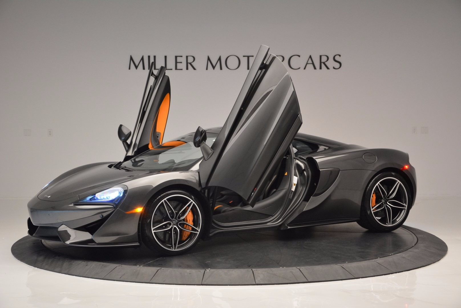 Used 2016 McLaren 570S  For Sale In Westport, CT 1498_p14
