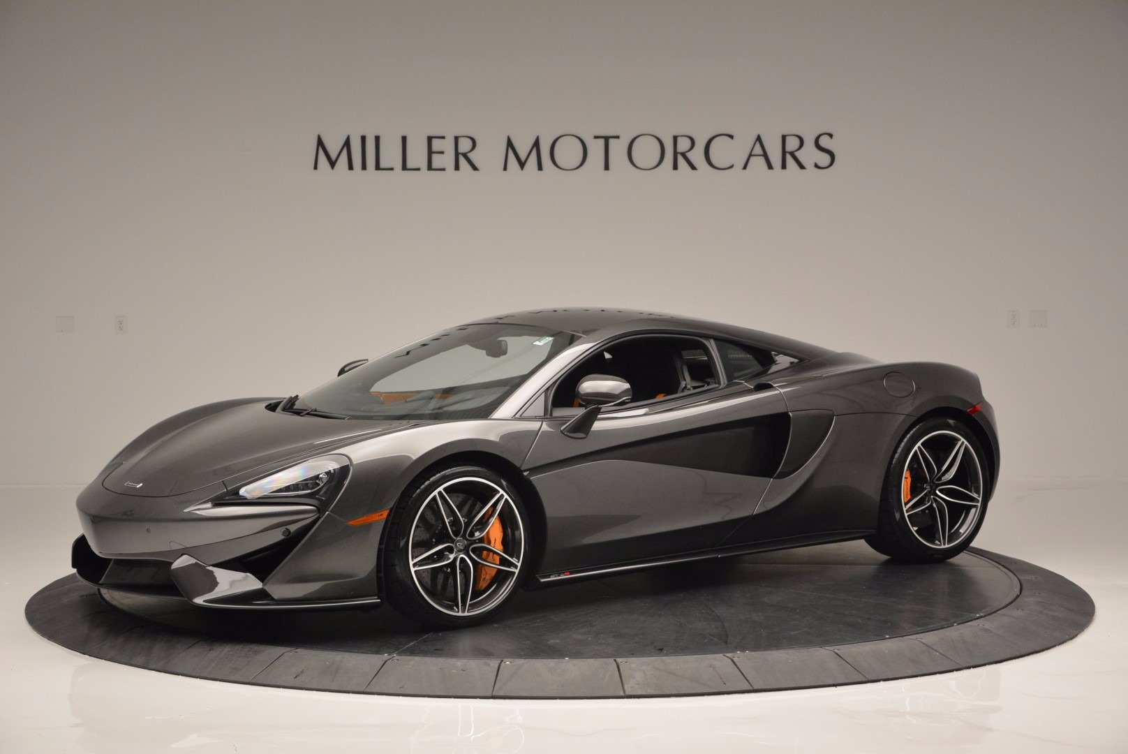 Used 2016 McLaren 570S  For Sale In Westport, CT 1498_p2