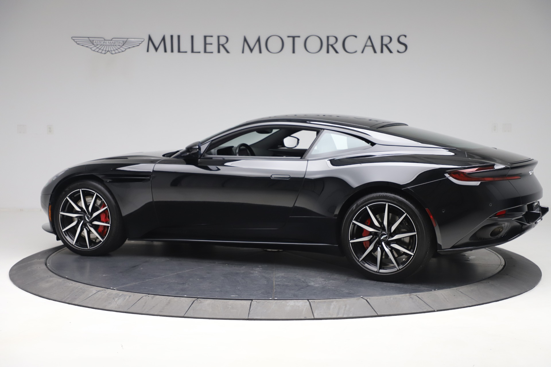 New 2017 Aston Martin DB11  For Sale In Westport, CT 1503_p4