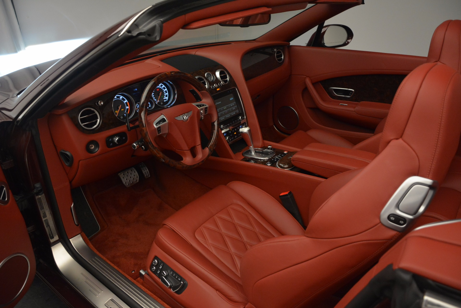 Used 2014 Bentley Continental GT W12 For Sale In Westport, CT 1516_p30