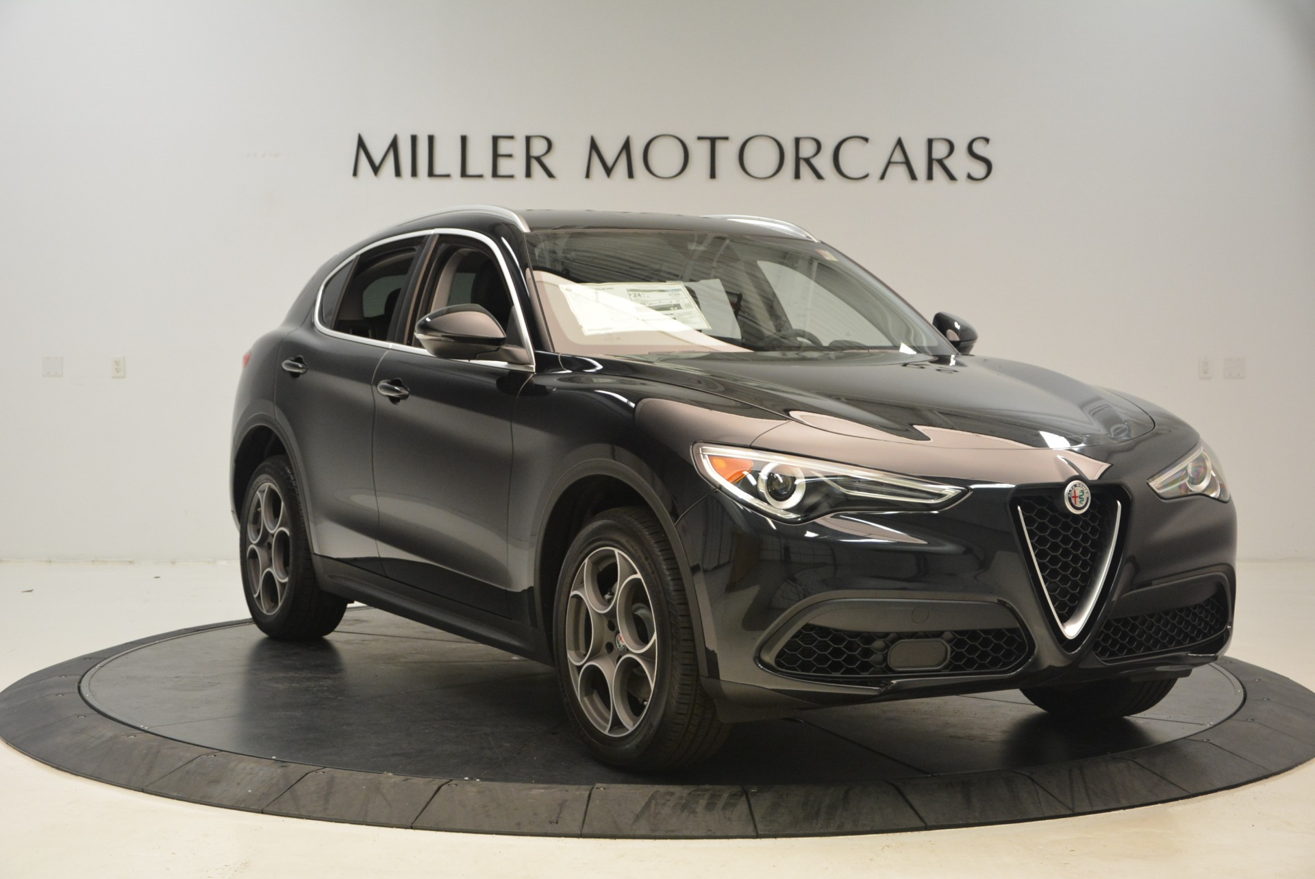 New 2018 Alfa Romeo Stelvio Q4 For Sale In Westport, CT 1522_p11