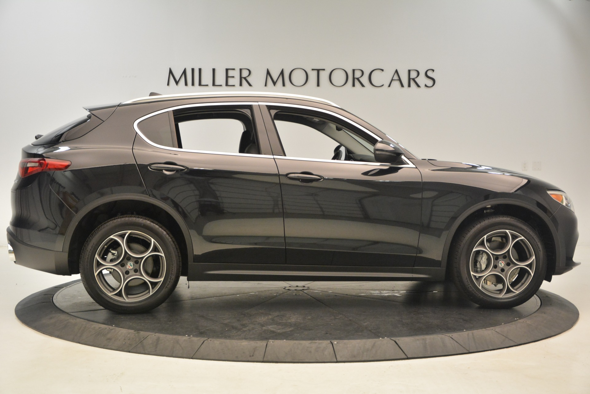 New 2018 Alfa Romeo Stelvio Q4 For Sale In Westport, CT 1522_p9