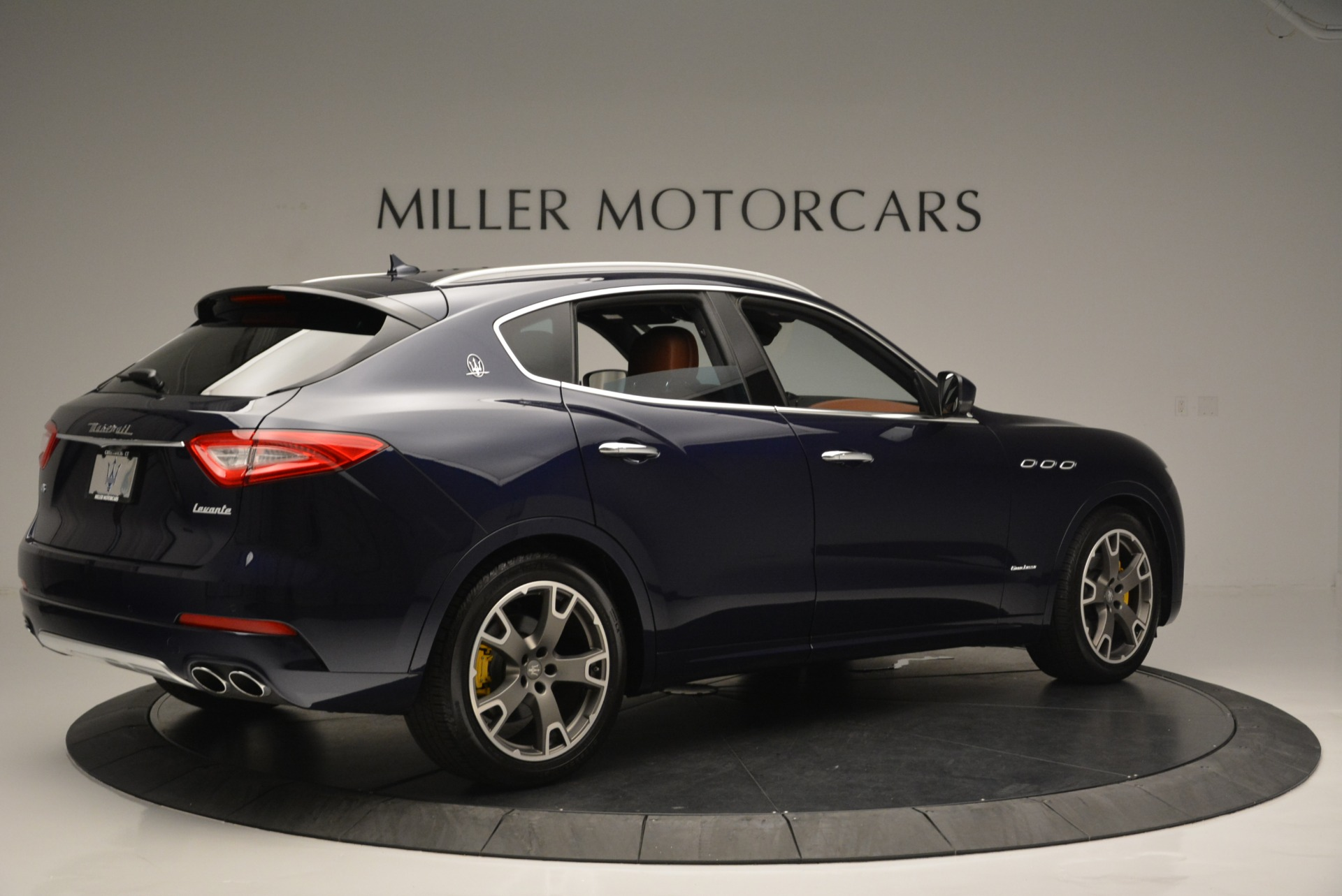 New 2018 Maserati Levante Q4 GranLusso For Sale In Westport, CT 1536_p8