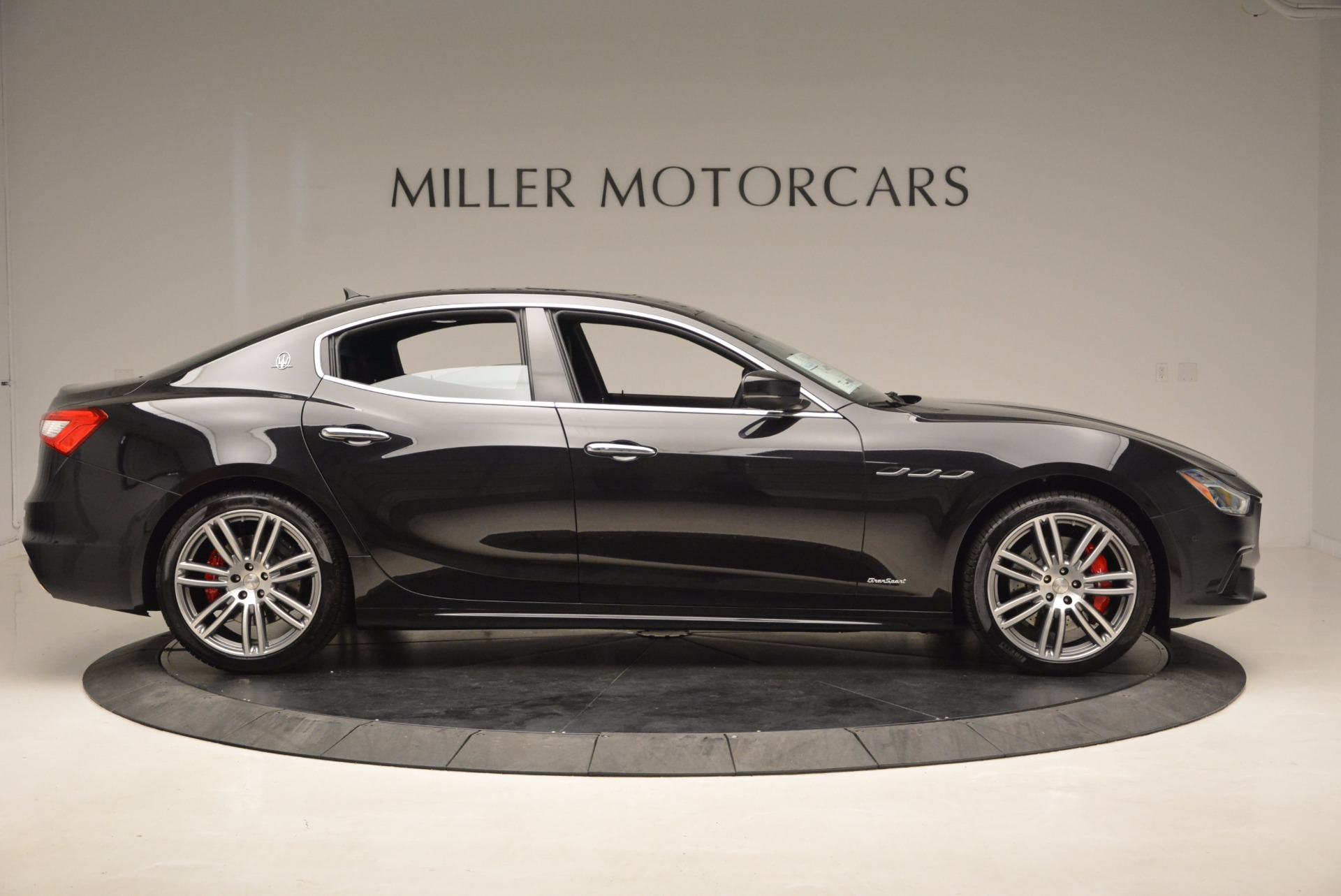 New 2018 Maserati Ghibli S Q4 GranSport For Sale In Westport, CT 1541_p9