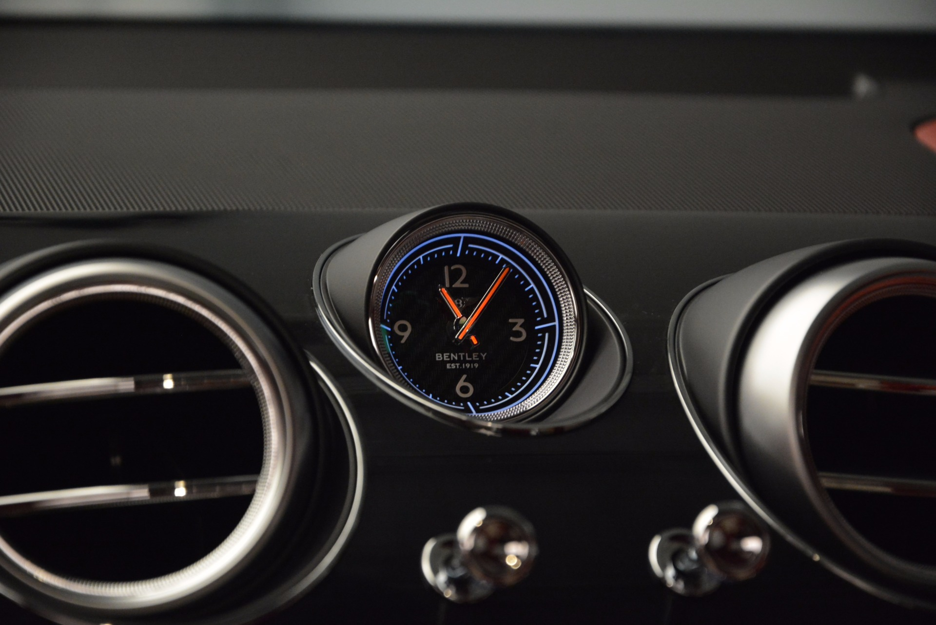 New 2018 Bentley Bentayga Black Edition For Sale In Westport, CT 1542_p22
