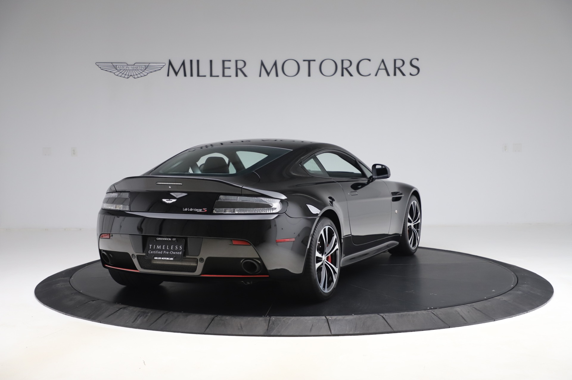 New 2017 Aston Martin V12 Vantage S  For Sale In Westport, CT 1545_p6