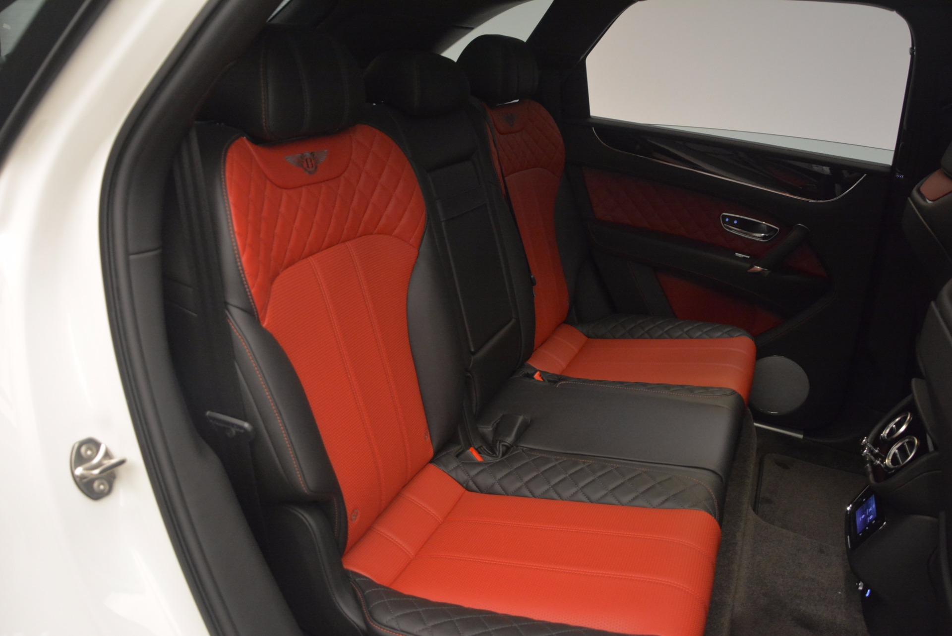 New 2018 Bentley Bentayga Onyx For Sale In Westport, CT 1548_p25