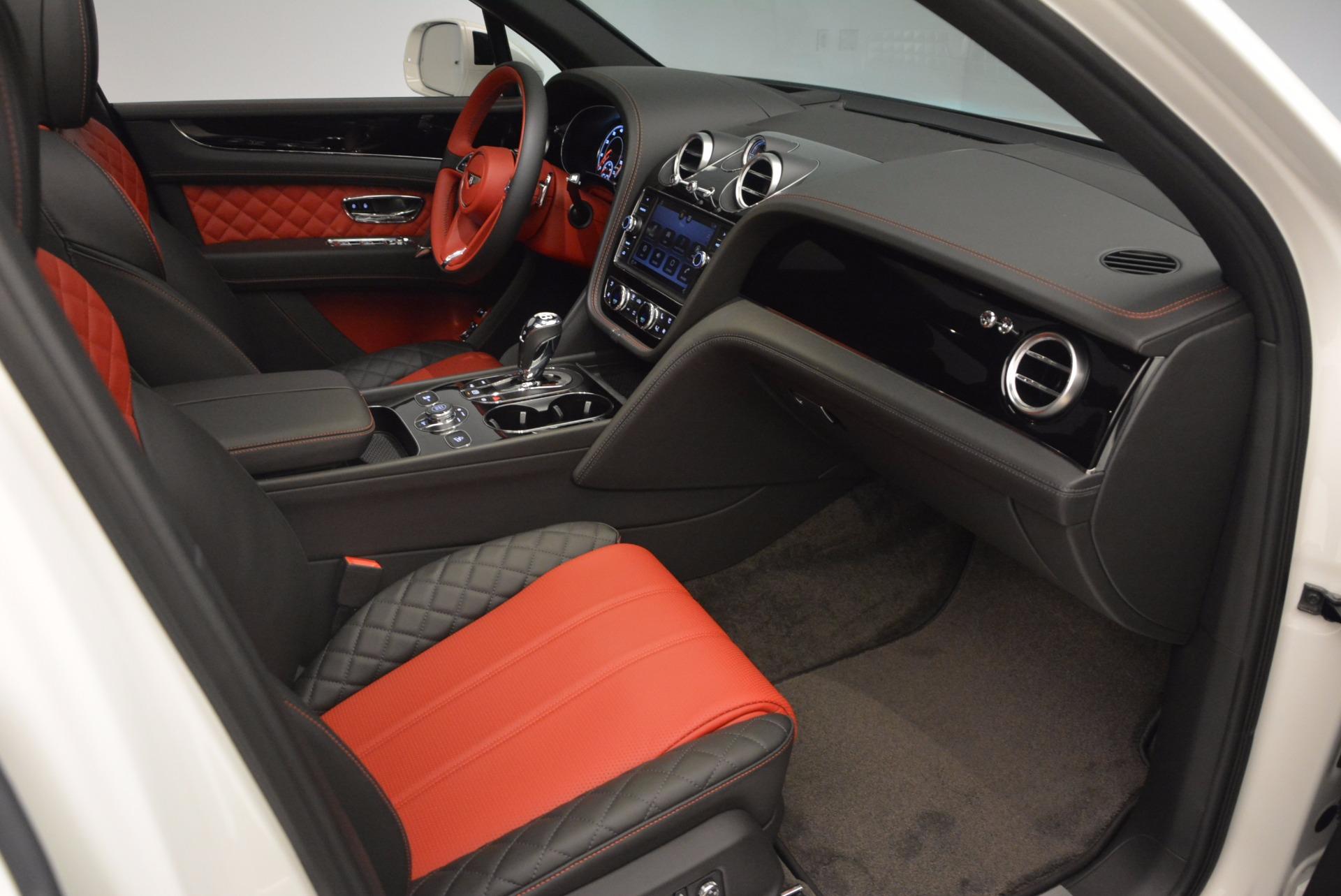 New 2018 Bentley Bentayga Onyx For Sale In Westport, CT 1548_p26