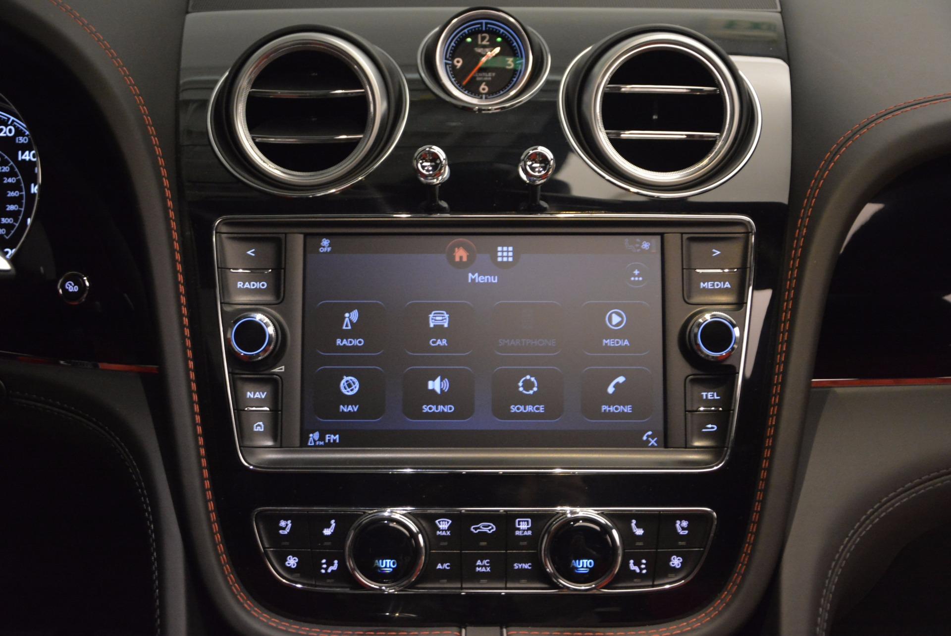New 2018 Bentley Bentayga Onyx For Sale In Westport, CT 1548_p28
