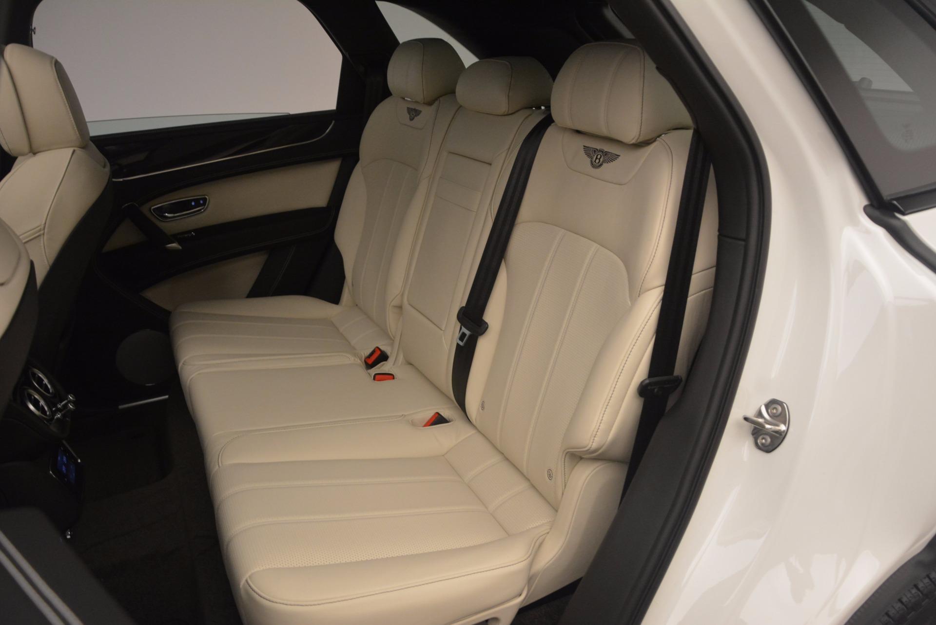 Used 2018 Bentley Bentayga Onyx For Sale In Westport, CT 1549_p21