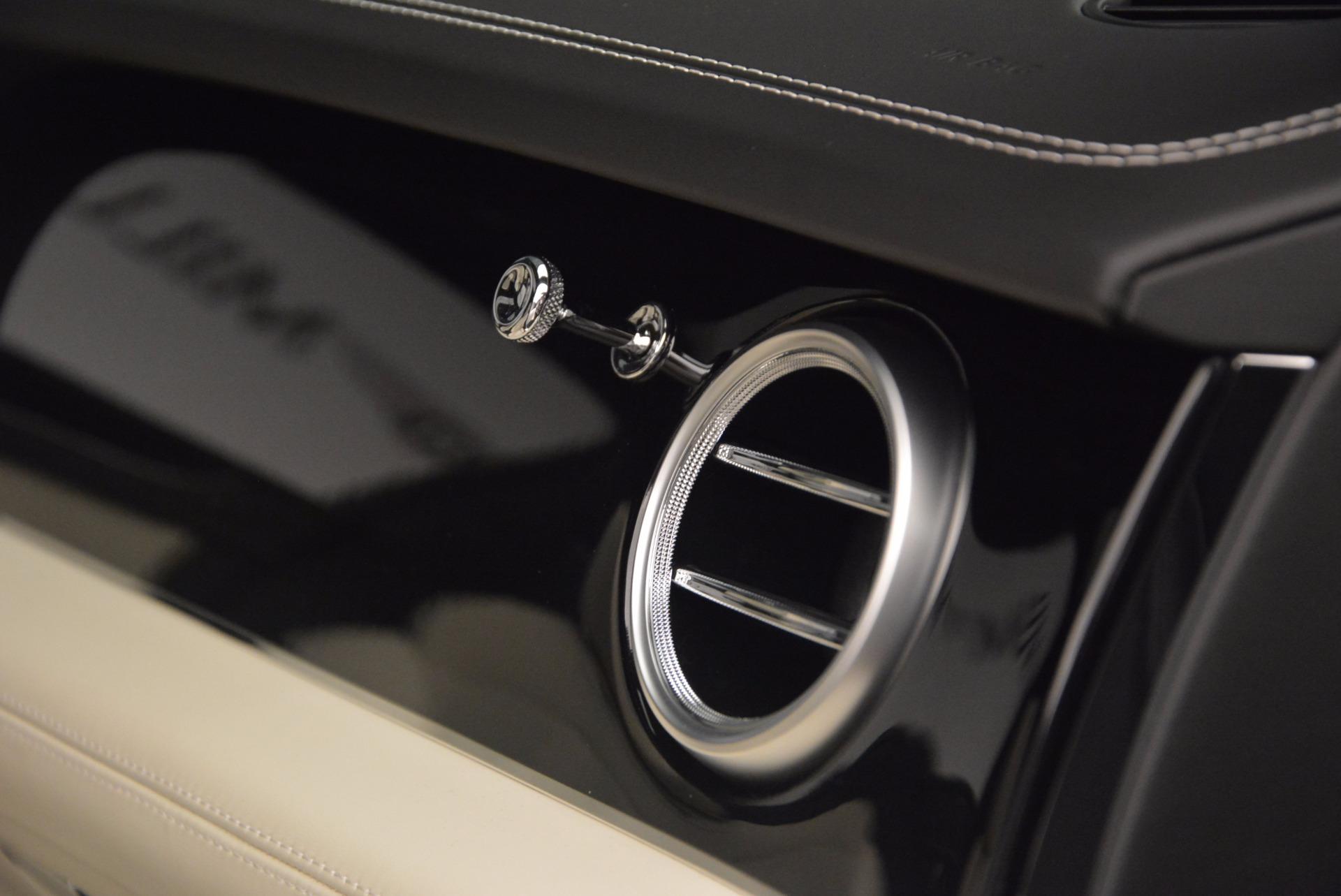 Used 2018 Bentley Bentayga Onyx For Sale In Westport, CT 1549_p22