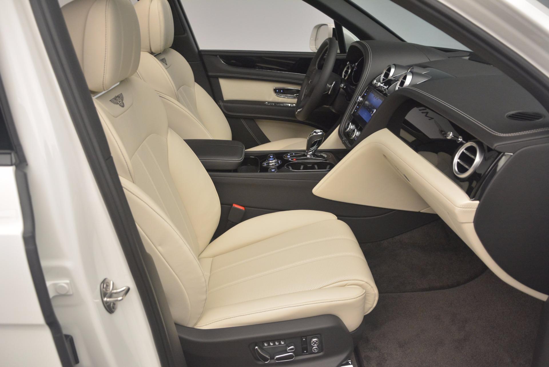 Used 2018 Bentley Bentayga Onyx For Sale In Westport, CT 1549_p28