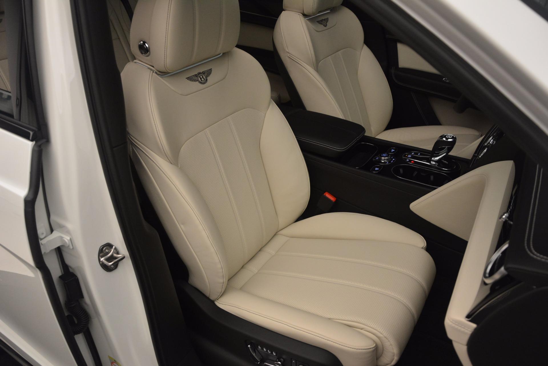 Used 2018 Bentley Bentayga Onyx For Sale In Westport, CT 1549_p29