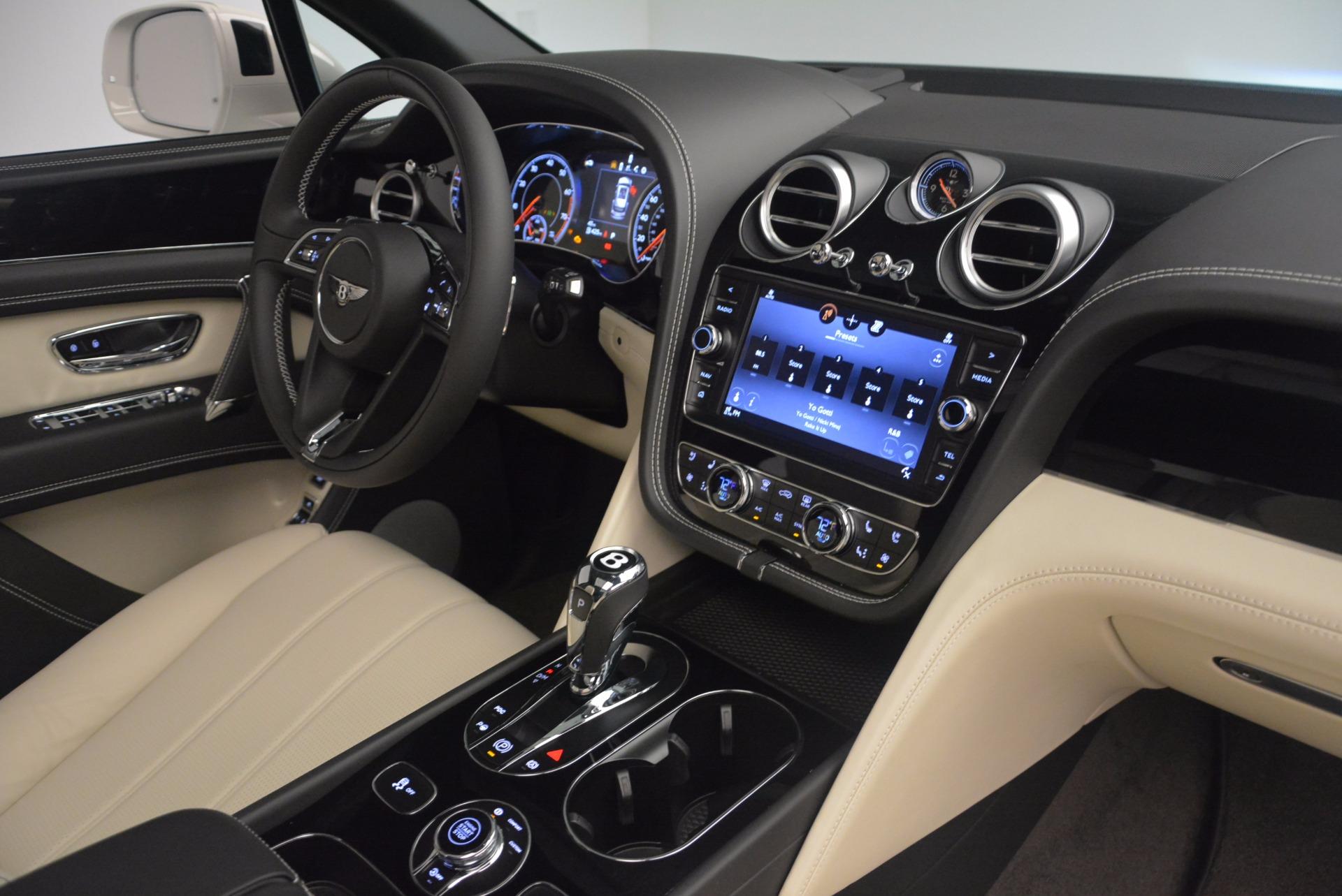 Used 2018 Bentley Bentayga Onyx For Sale In Westport, CT 1549_p30