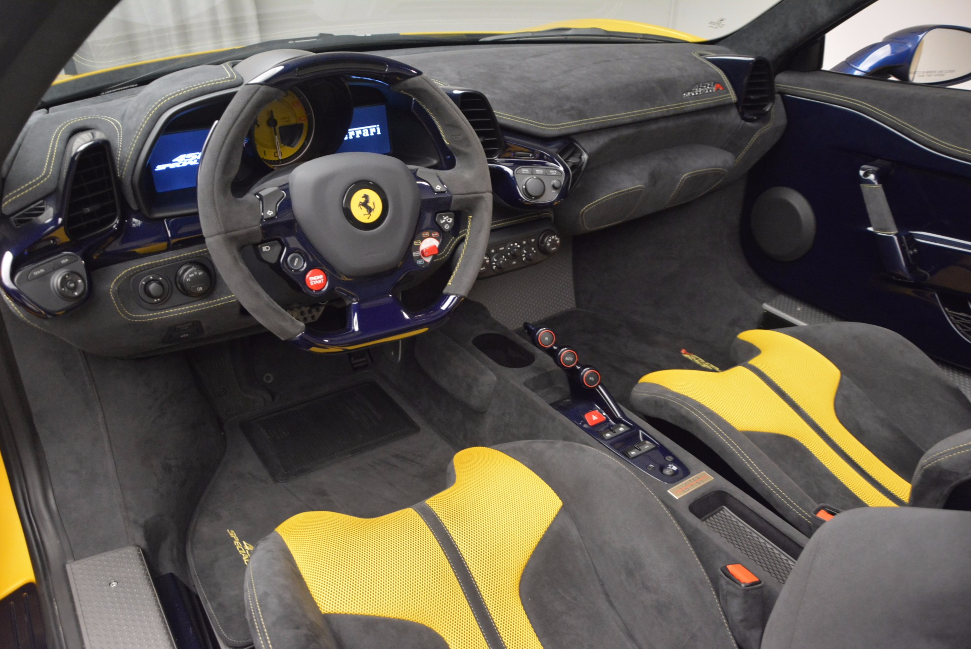 Used 2015 Ferrari 458 Speciale Aperta  For Sale In Westport, CT 1555_p21