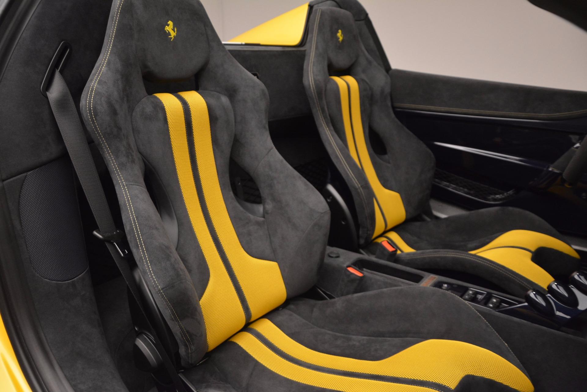 Used 2015 Ferrari 458 Speciale Aperta  For Sale In Westport, CT 1555_p27