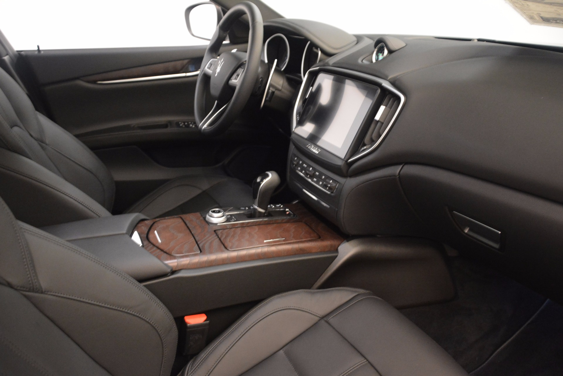Used 2018 Maserati Ghibli S Q4 Gransport For Sale In Westport, CT 1568_p17
