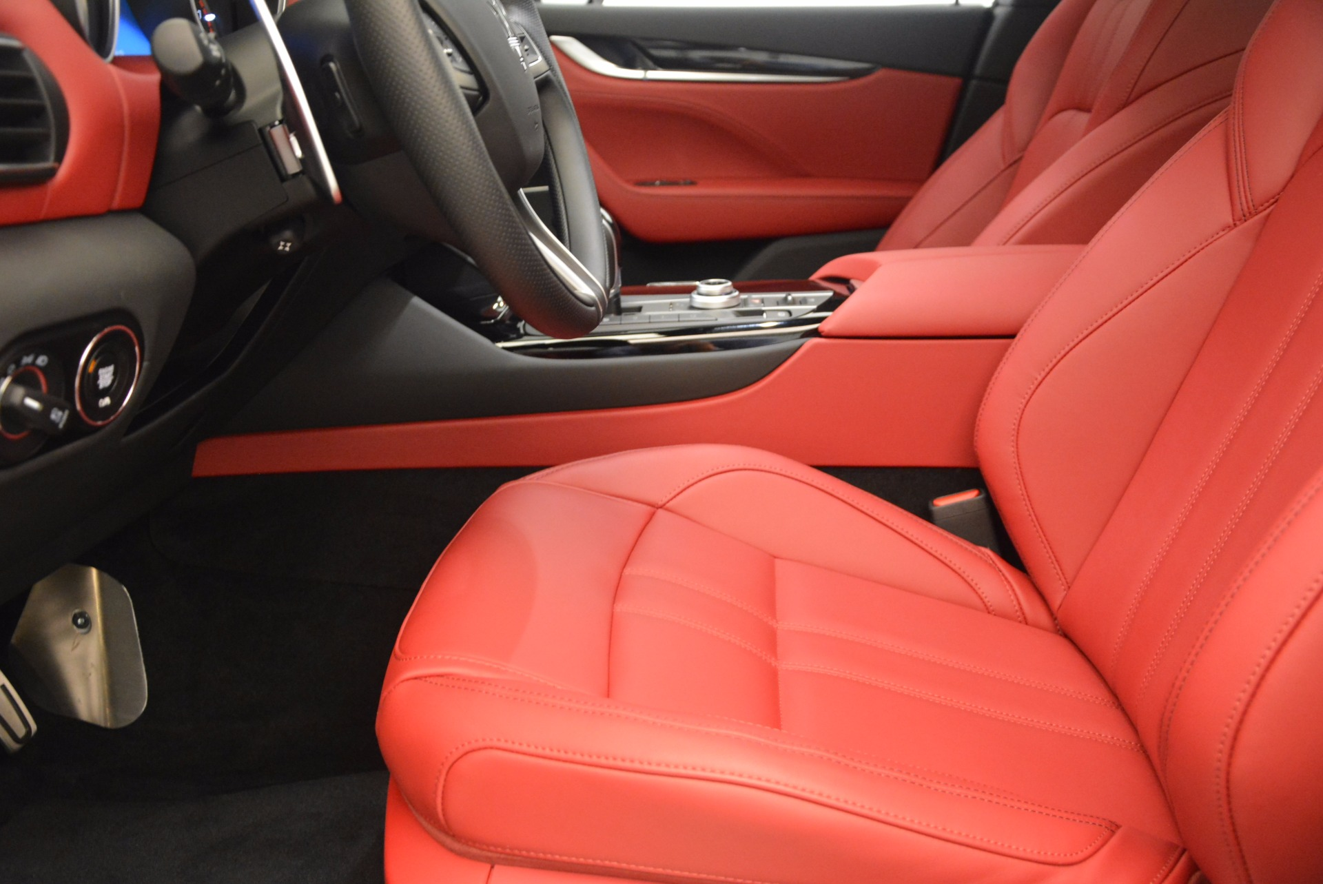 New 2018 Maserati Levante Q4 GranSport For Sale In Westport, CT 1570_p14